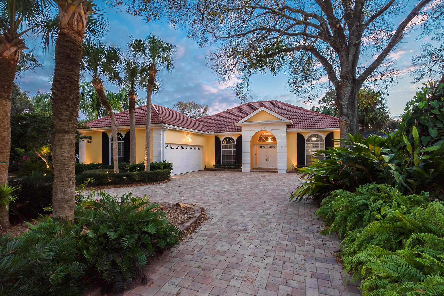 Single Family Homes for Sale at BOCA ROYALE 57 Golf View Dr, Englewood, Florida 34223 United States