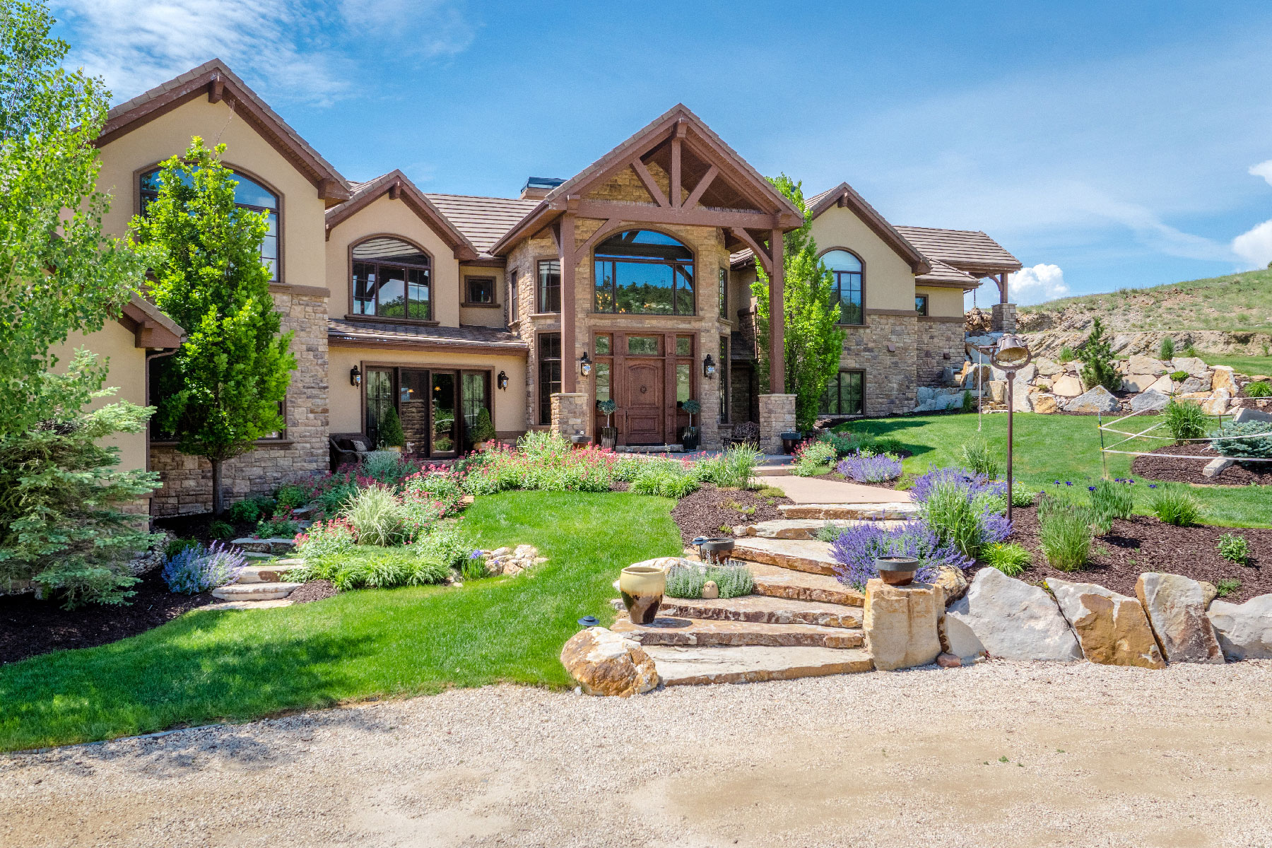 Single Family Home for Active at Executive Ranch! 6610 Rabbit Mountain Road Longmont, Colorado 80503 United States