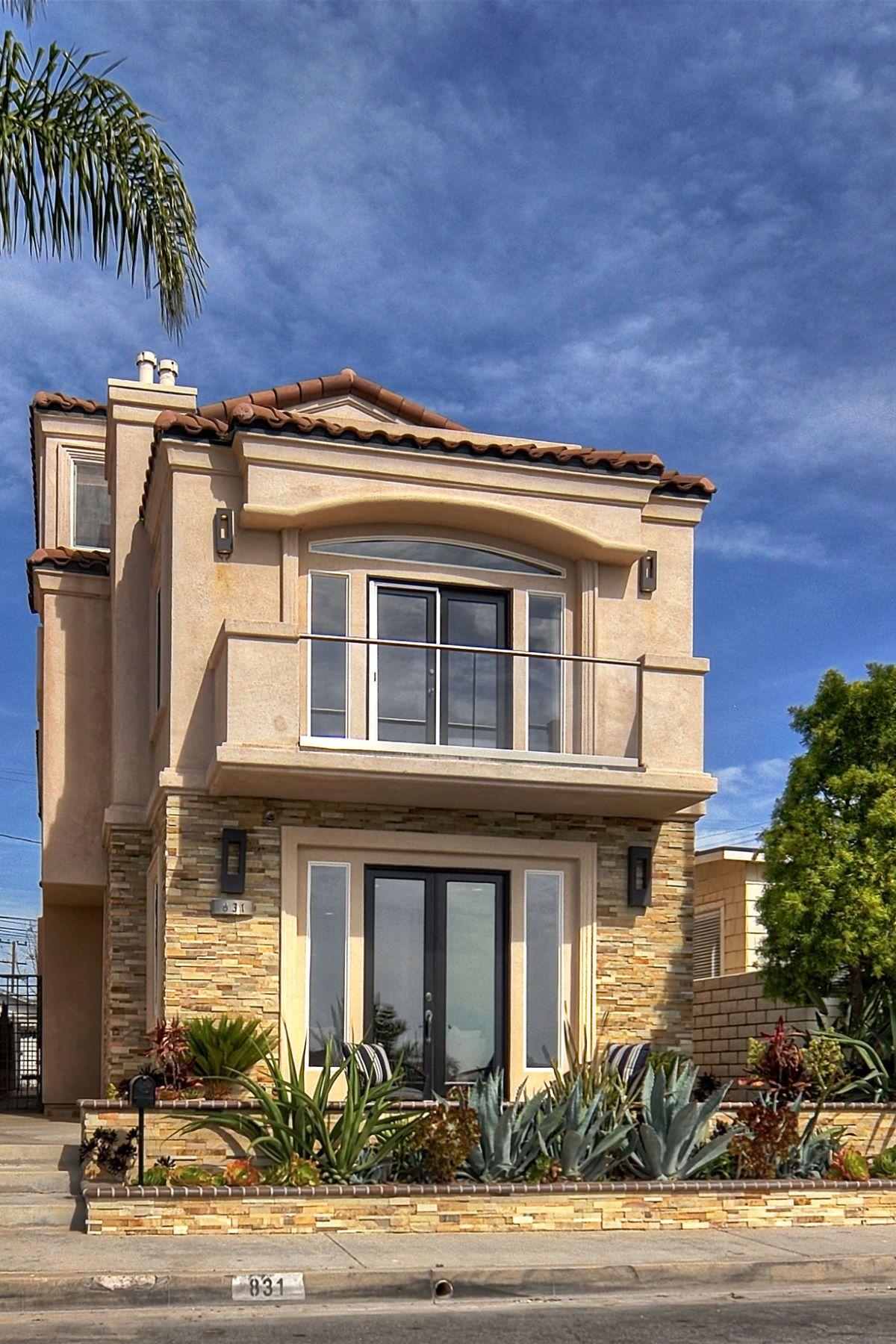 Single Family Home for Sale at 831 Frankfort Avenue Huntington Beach, California, 92648 United States