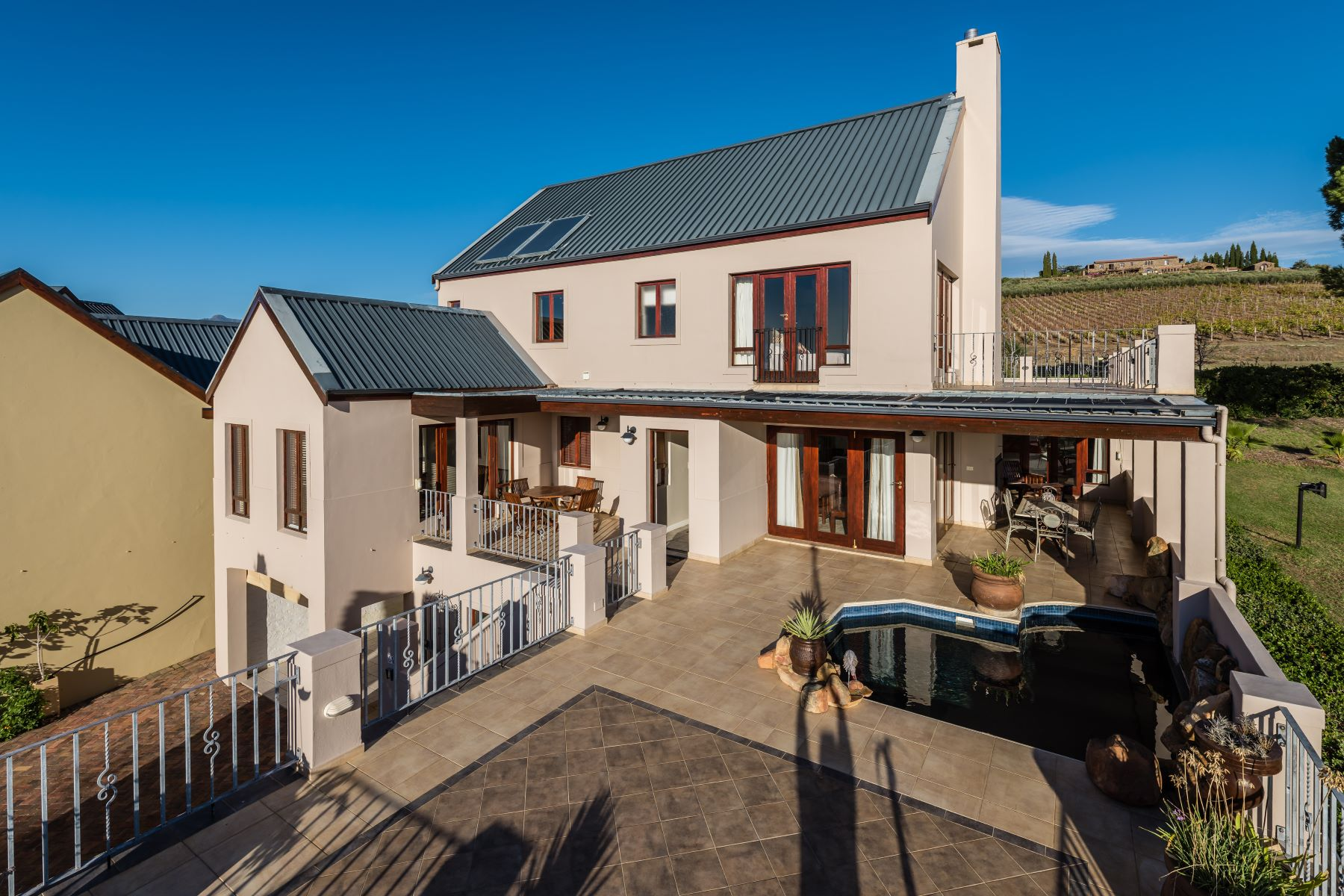 واحد منزل الأسرة للـ Sale في Devonvale Golf & Wine Estate Stellenbosch, Western Cape, 7600 South Africa