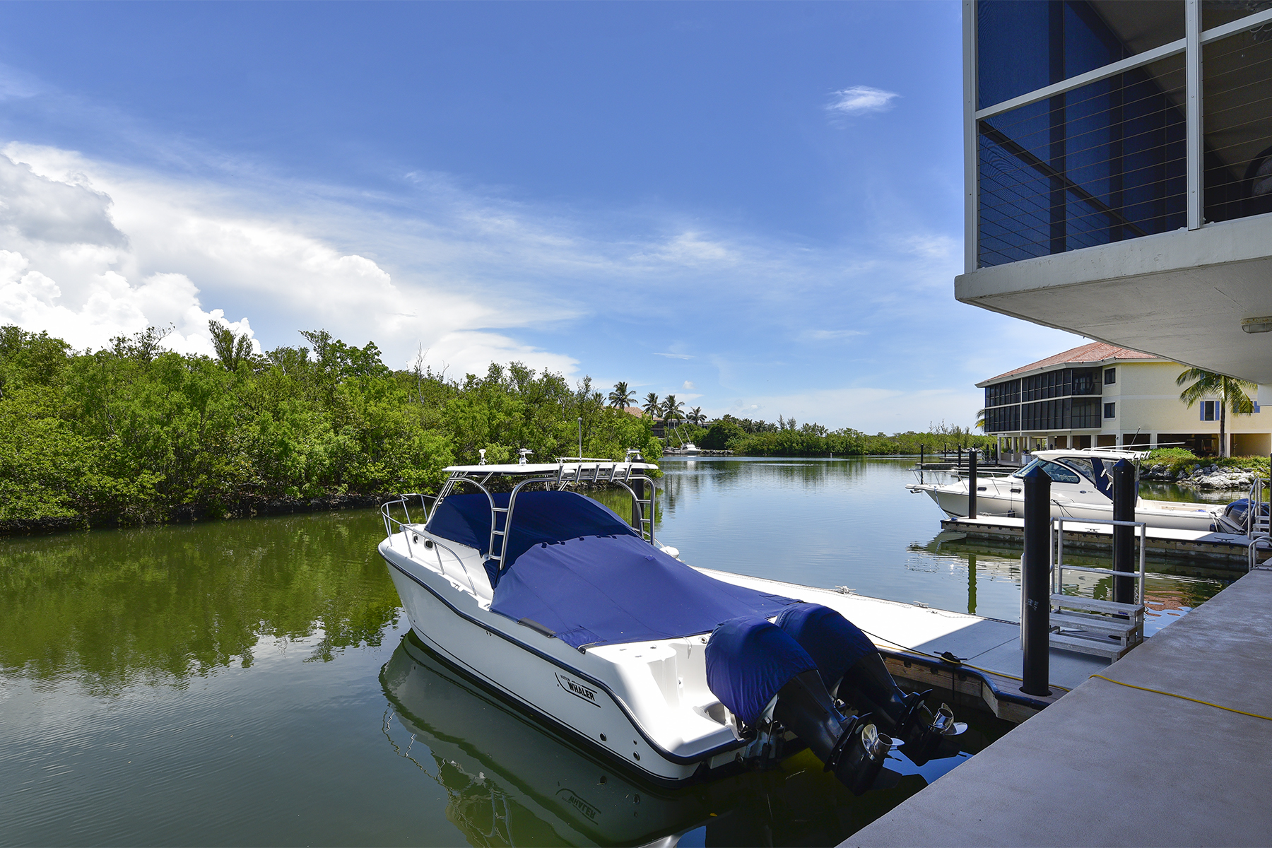 Additional photo for property listing at Waterfront Condominium at Ocean Reef 8 Landings, Unit B Key Largo, 佛羅里達州 33037 美國