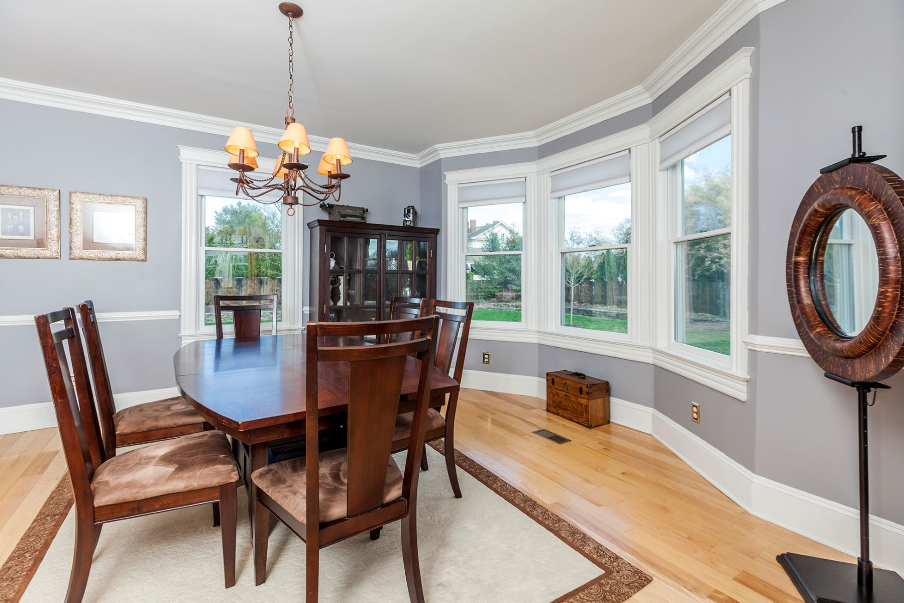 Additional photo for property listing at Lovely Renovated Colonial in Historic Kingston - Franklin Township 5 Church Street, Kingston, New Jersey 08525 United States