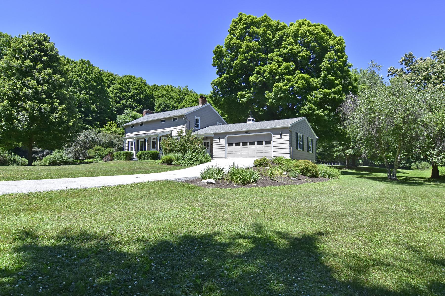 Частный односемейный дом для того Продажа на Peaceful Hudson Valley Retreat 83 Willow Lane Clinton Corners, Нью-Йорк 12514 Соединенные Штаты