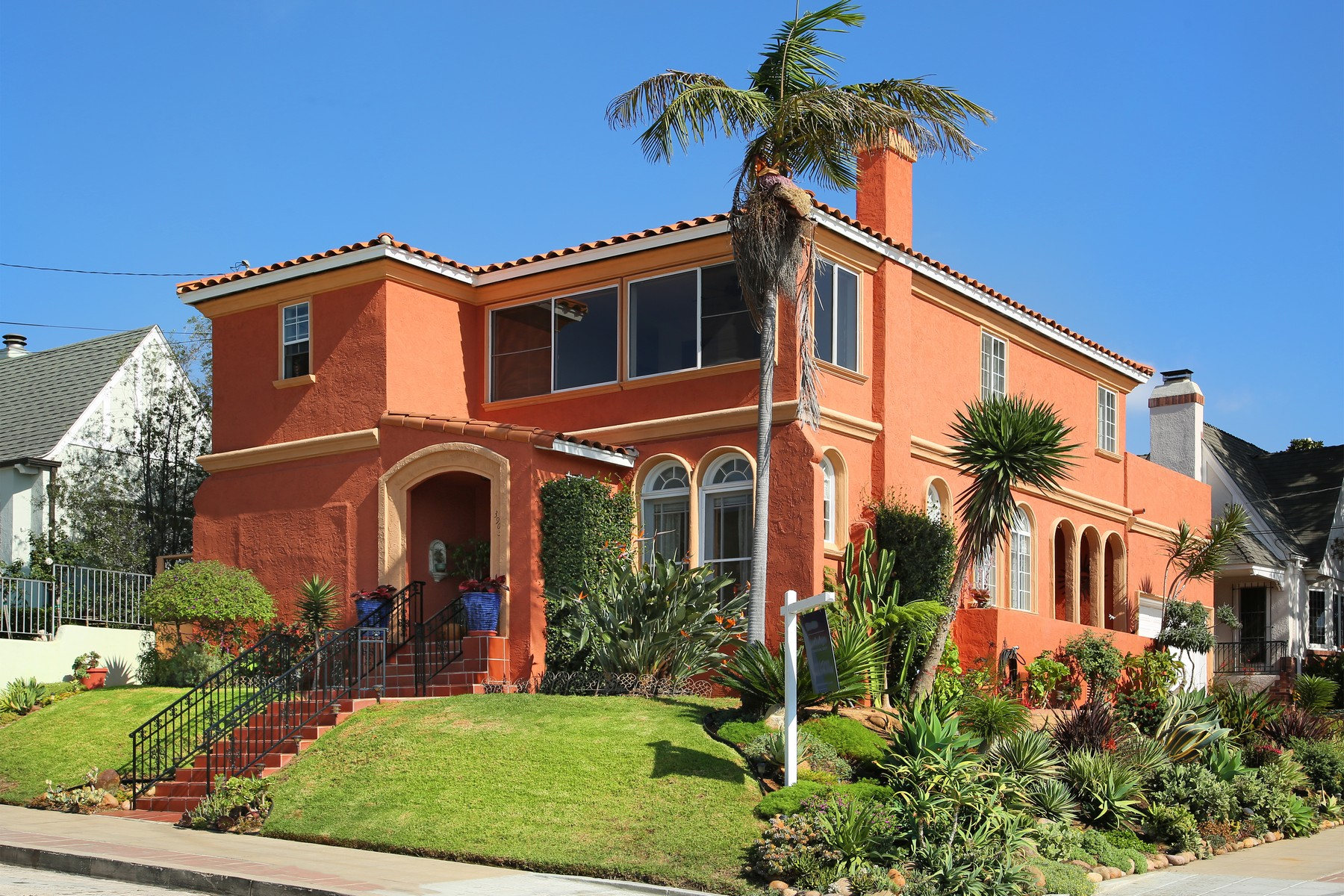 Single Family Home for Sale at 3903 Alameda 3903 Alameda Place Mission Hills, San Diego, California, 92103 United States