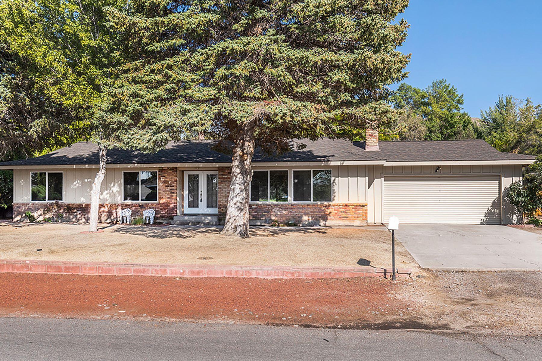 Single Family Homes por un Venta en 6860 Prestwick Circle, Reno 6860 Prestwick Circle Reno, Nevada 89502 Estados Unidos