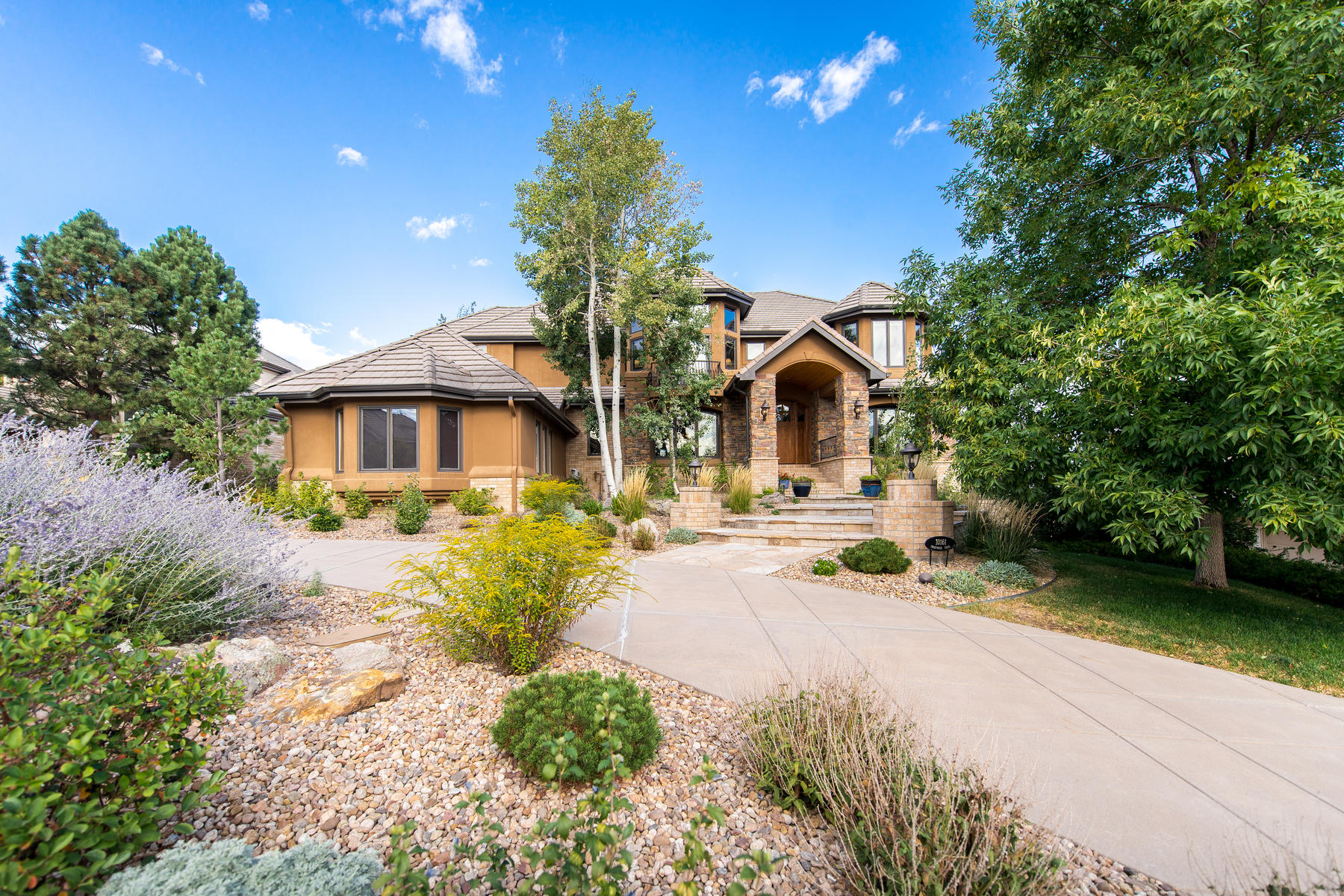 Single Family Home for Active at Heritage Estates 10161 Prestwick Trail Lone Tree, Colorado 80124 United States