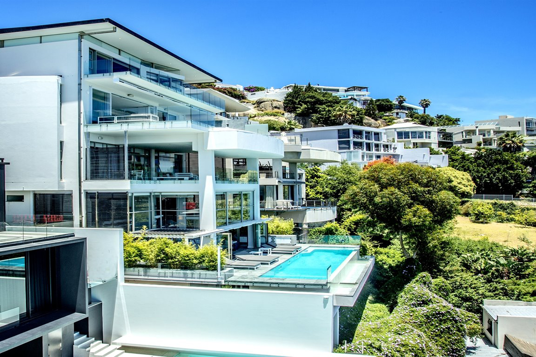 Single Family Home for Sale at Bantry Bay Cape Town, Western Cape, 8001 South Africa