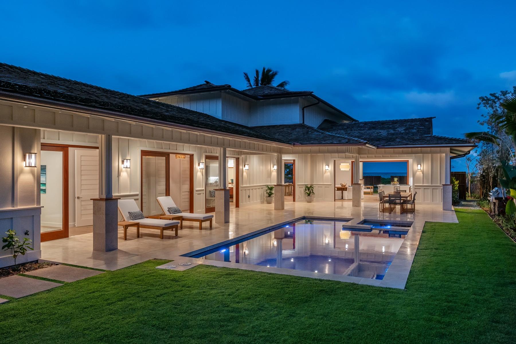 Single Family Homes para Venda às Beachfront Kailua 24 Kaiholu Pl, Kailua, Havaí 96734 Estados Unidos