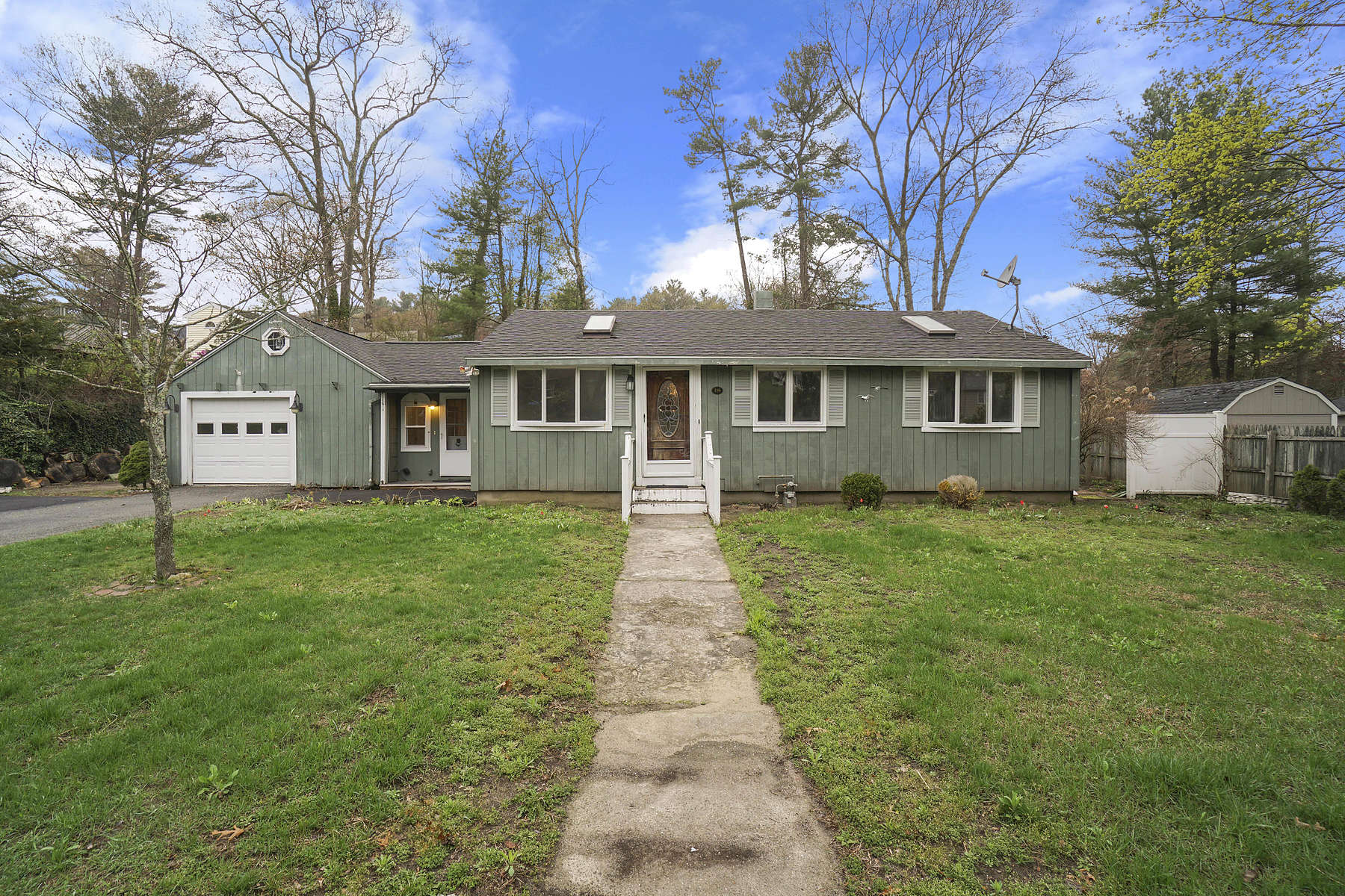 Single Family Home for Active at LIVE...Opportunity 18 Town Farm Road Pembroke, Massachusetts 02359 United States