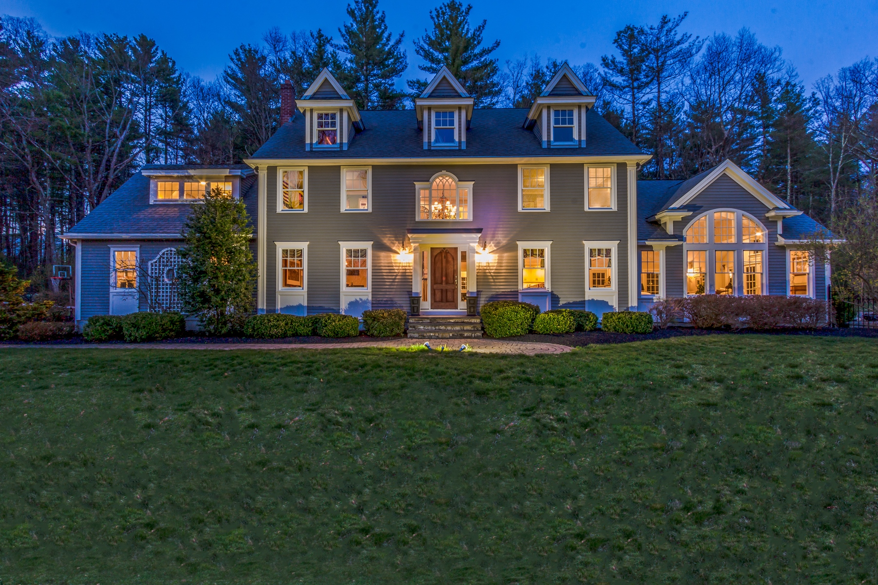 Single Family Home for Sale at Elegant Colonial on Private Lot 14 Plumbley Road Upton, Massachusetts 01568 United States