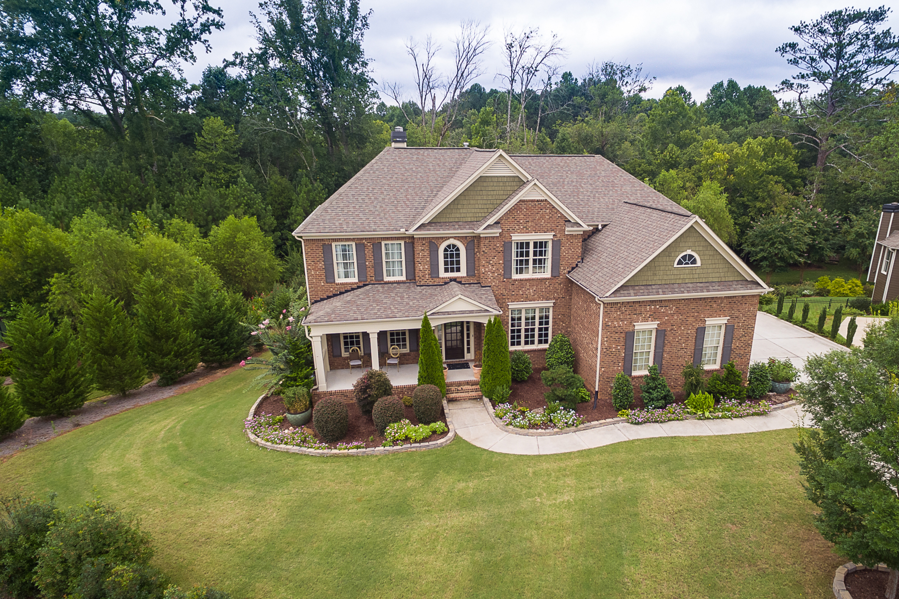 واحد منزل الأسرة للـ Sale في Showhome in Desirable Roswell Woodstock Area 205 Rocky Creek Ct, Woodstock, Georgia, 30188 United States