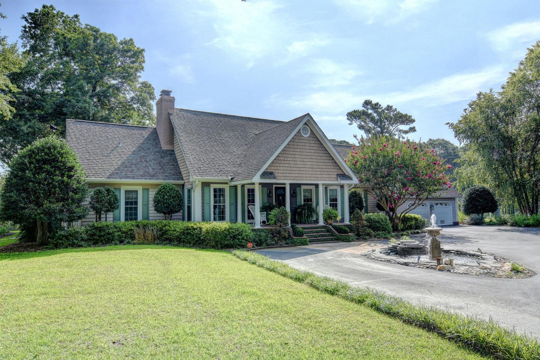 独户住宅 为 销售 在 Stately & Spacious Home on the ICWW 117 White Heron Cove, 汉普斯特德, 北卡罗来纳州, 28443 美国