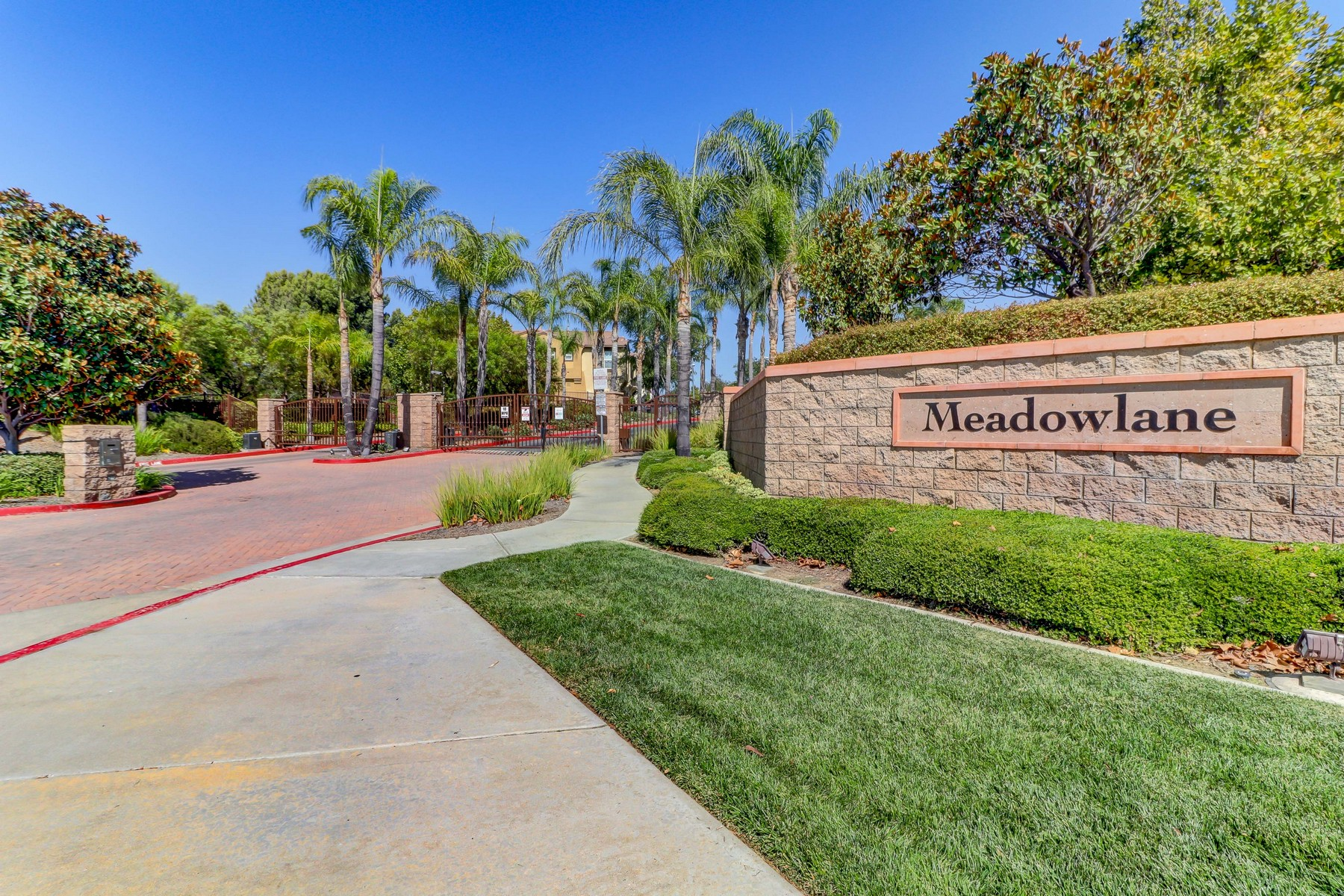 Condominiums for Sale at 25223 Windy Cove Street Unit #1, Murrieta, CA 92562 25223 Windy Cove Street Unit #1 Murrieta, California 92562 United States