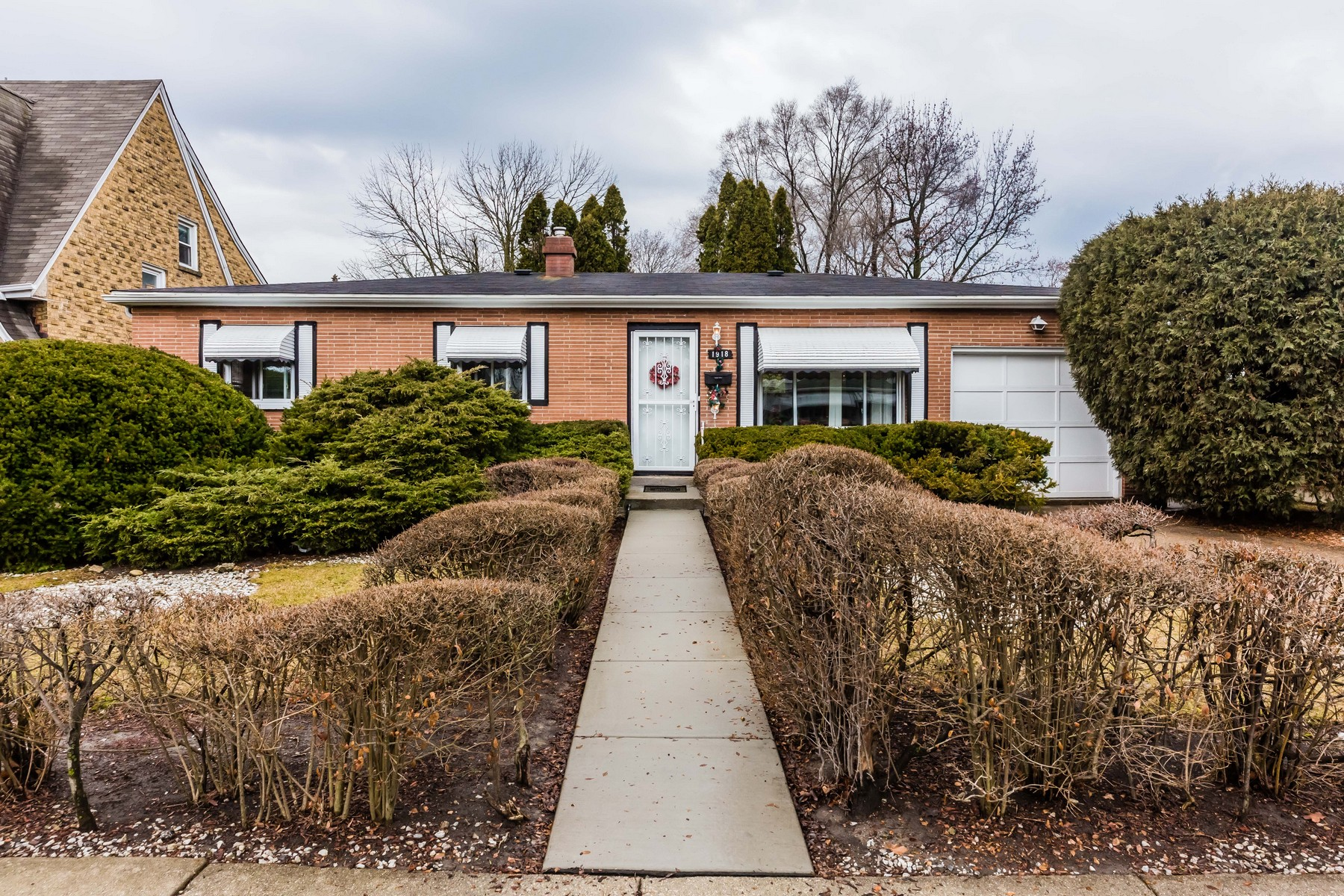 Single Family Home for Sale at Great brick ranch 1918 Brown Avenue, Evanston, Illinois, 60201 United States