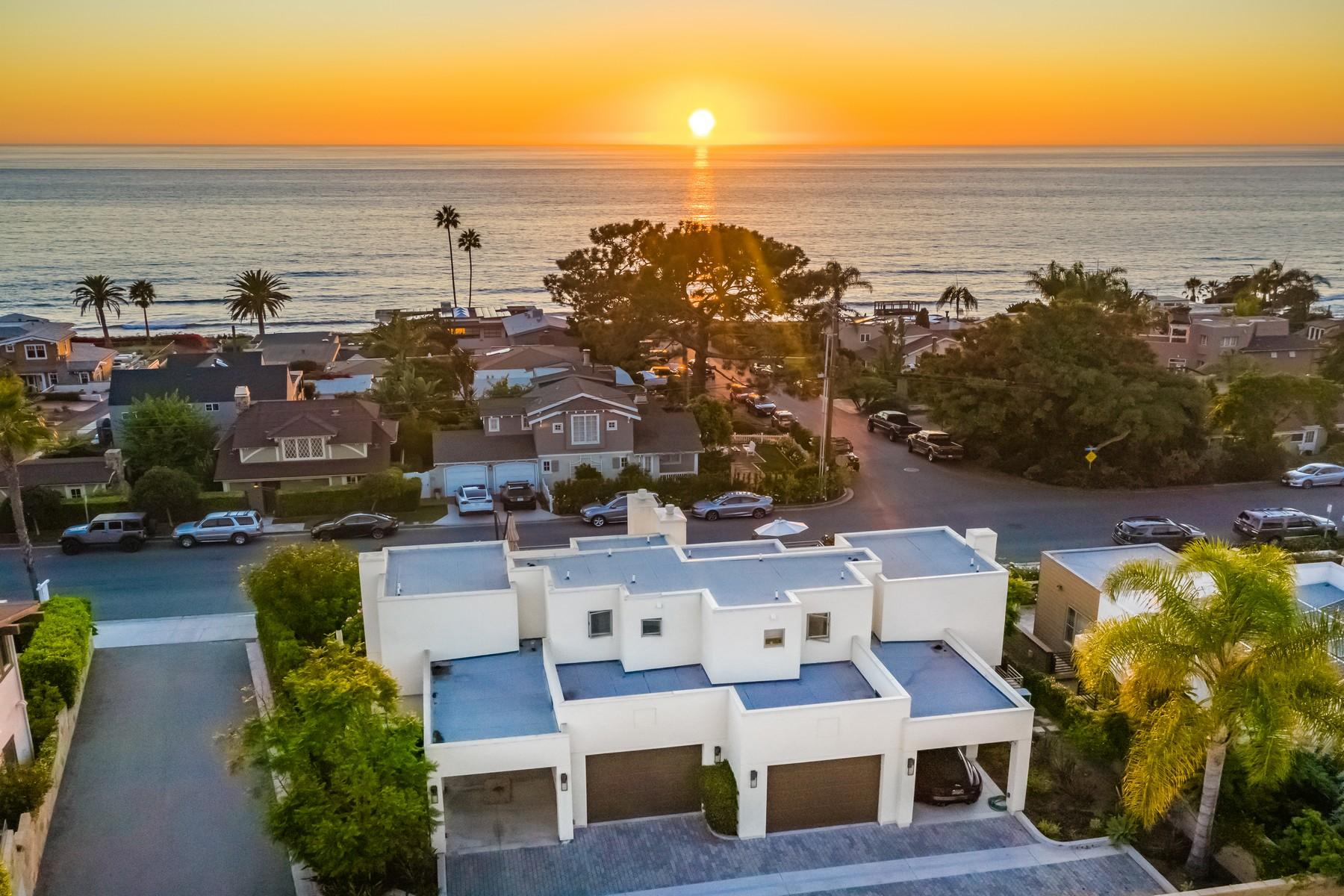 Duplex Homes 为 销售 在 553 Stratford Court Del Mar, 加利福尼亚州 92014 美国