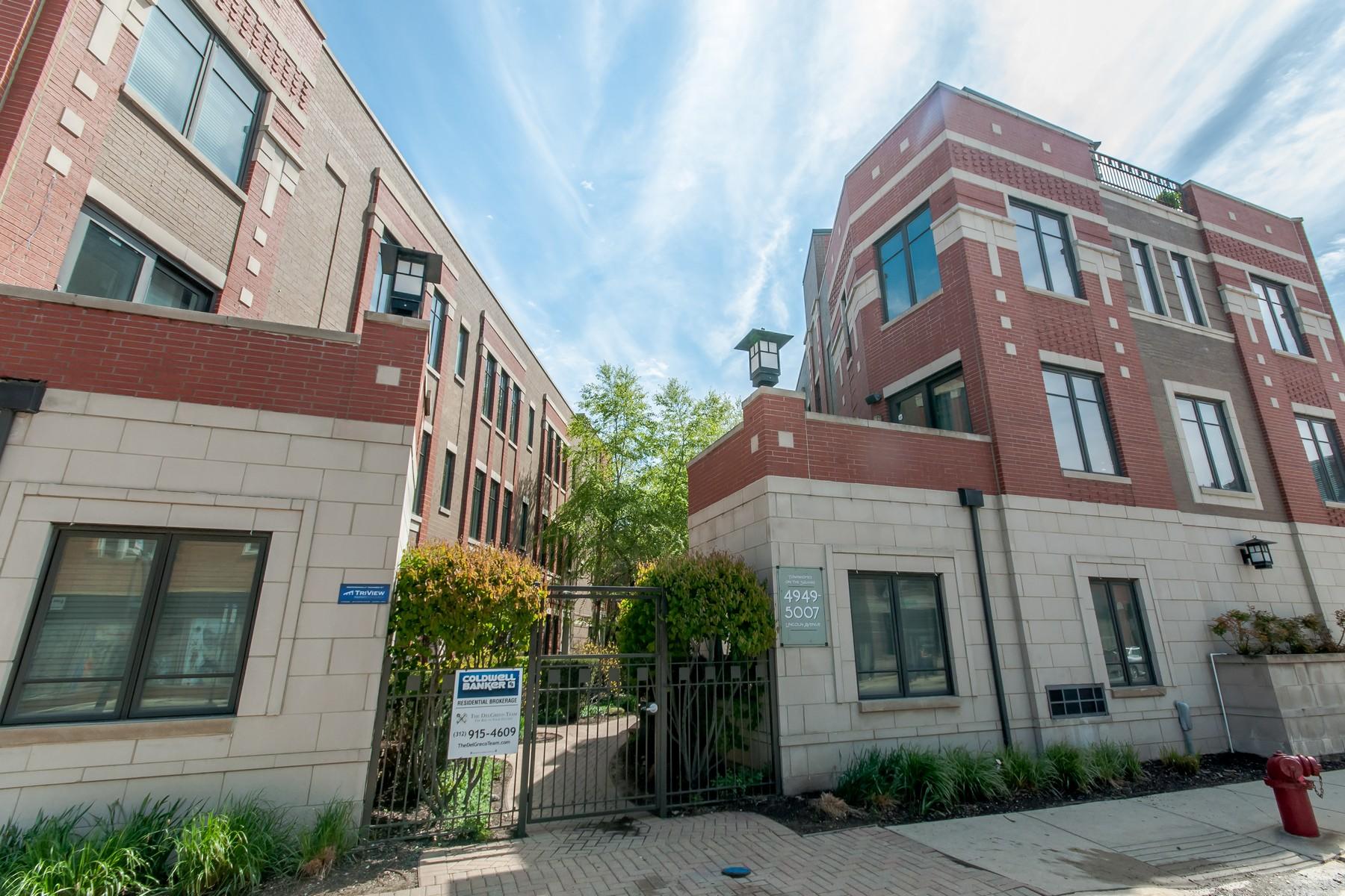 타운하우스 용 매매 에 Townhomes on the Square 4949 N Lincoln Avenue Unit 1 Lincoln Square, Chicago, 일리노이즈, 60625 미국