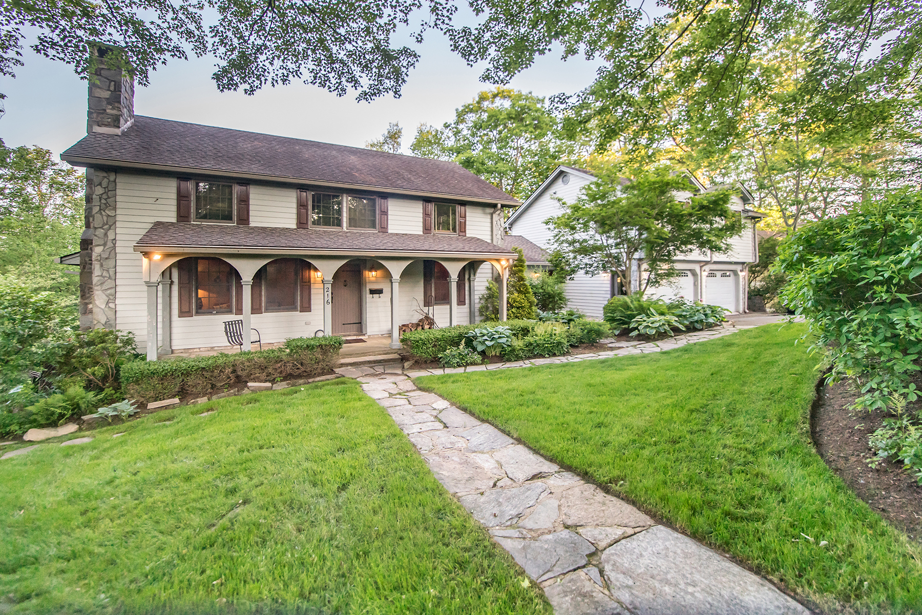 Single Family Homes for Sale at BLOWING ROCK 216 Rankin Rd Blowing Rock, North Carolina 28605 United States
