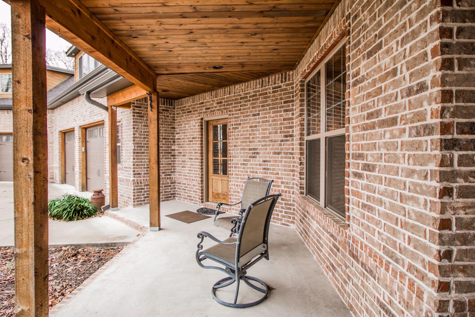Additional photo for property listing at  Gentry, Arkansas 72734 Förenta staterna