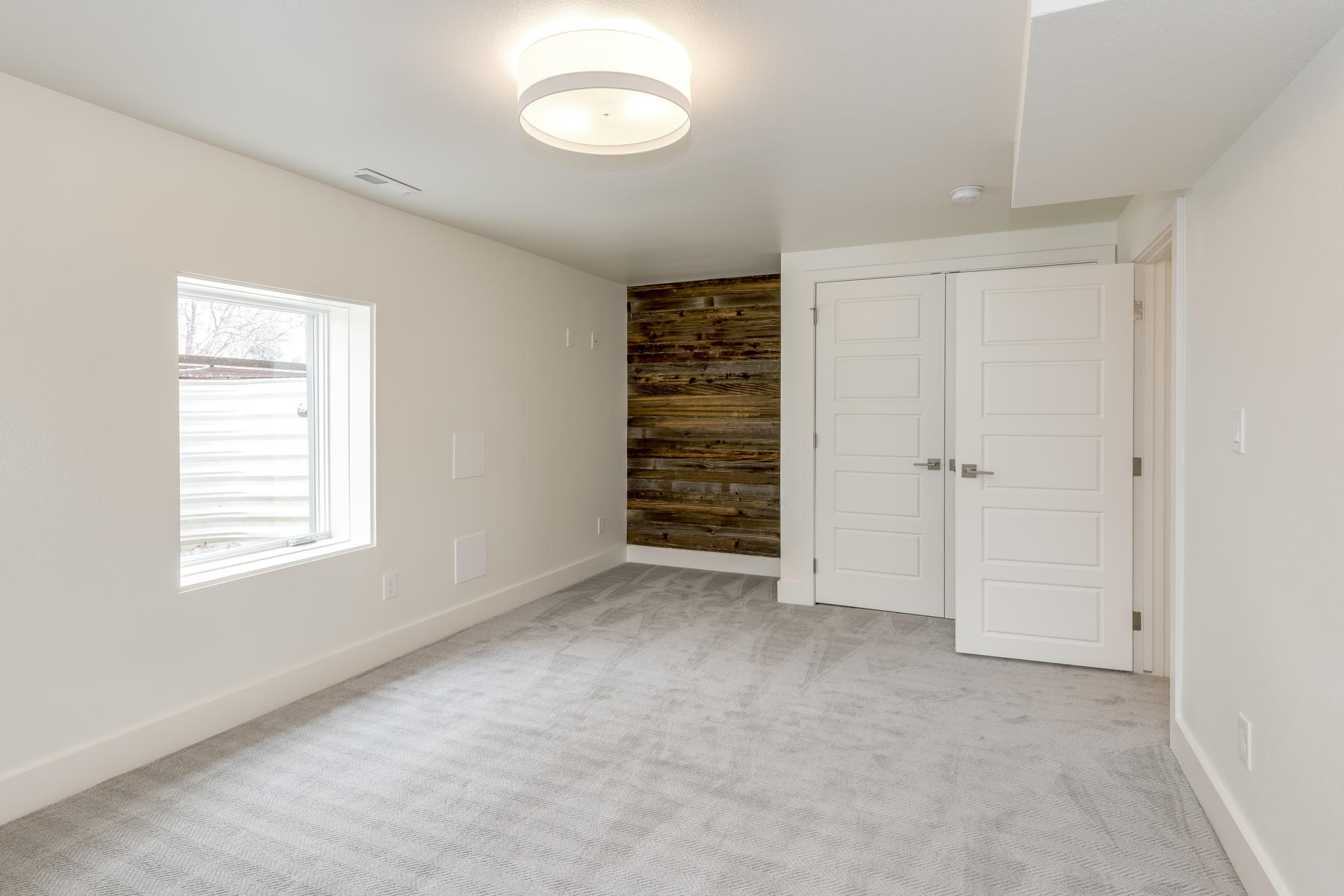 Additional photo for property listing at 3525  East 7th Avenue Parkway 3525  East 7th Avenue Parkway Denver, Colorado 80206 United States