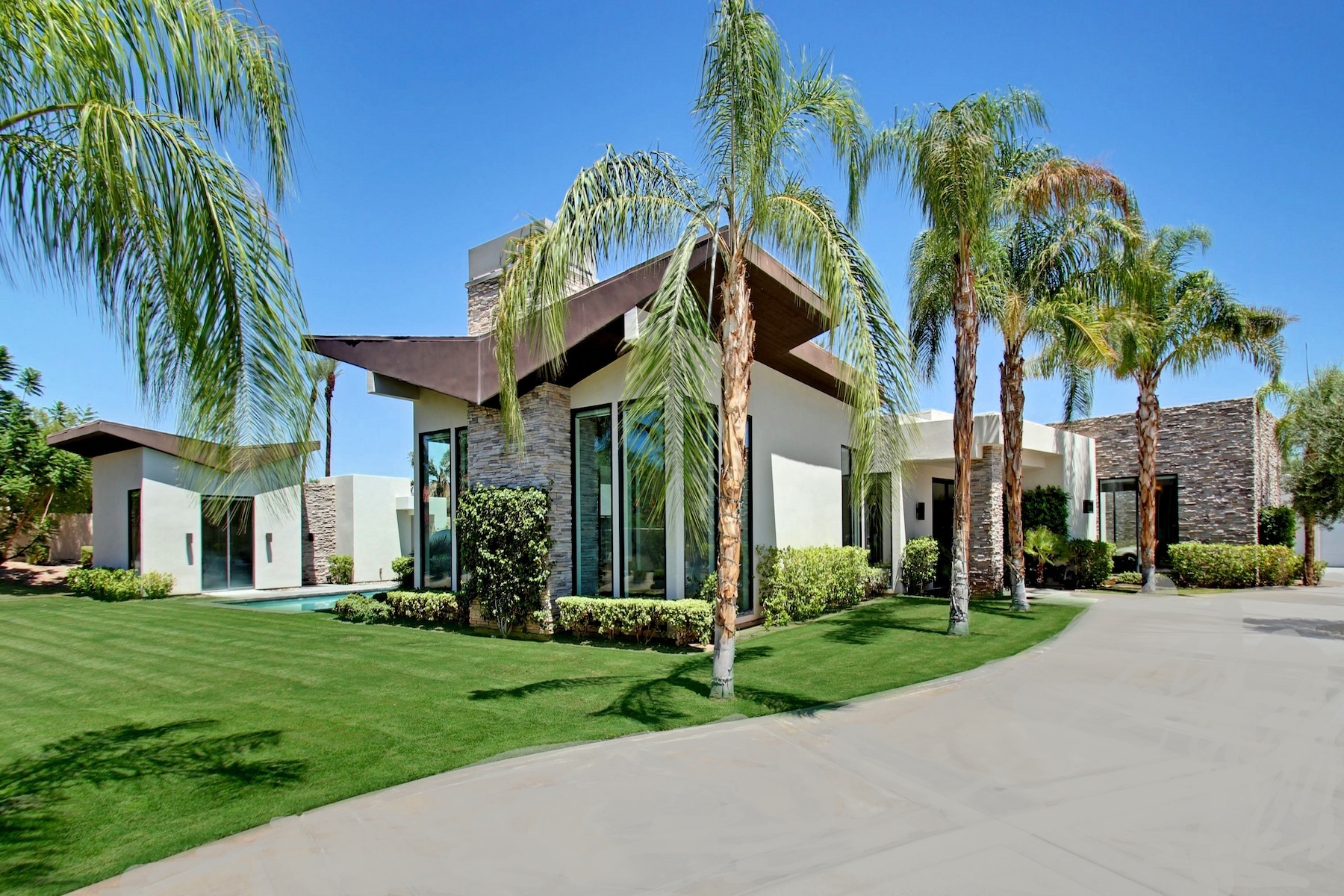 Single Family Homes for Sale at 1 Belleza Court Rancho Mirage, California 92270 United States