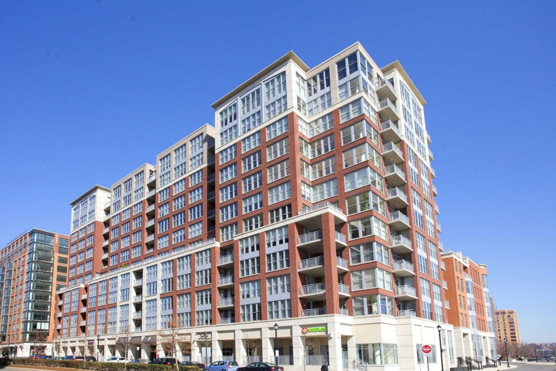 Co-op Properties for Rent at 1125 Maxwell Ln Unit 624 1125 Maxwell Lane Unit 624, Hoboken, New Jersey 07030 United States