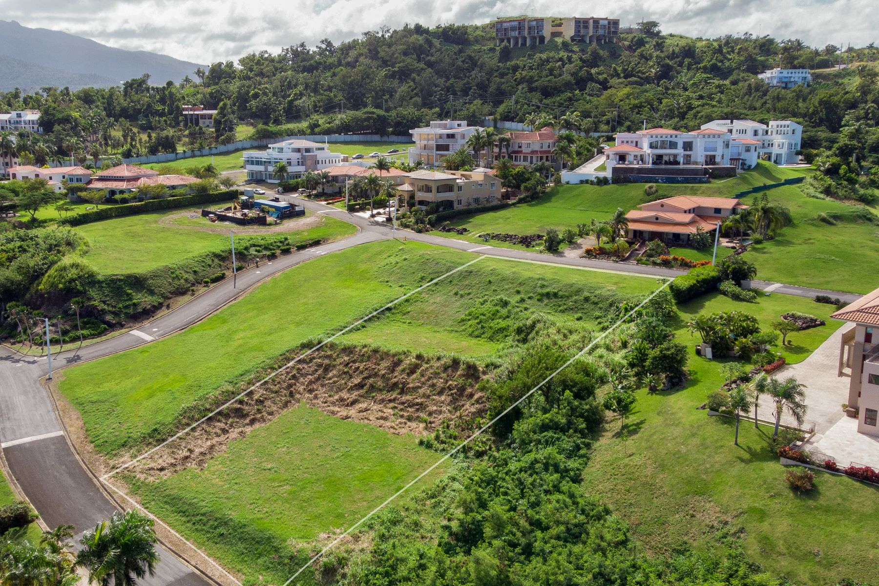 Additional photo for property listing at Unrivaled Ocean View Lot at Beachfront Resort Las Vistas Residences 41 Rio Grande, 00745 Puerto Rico