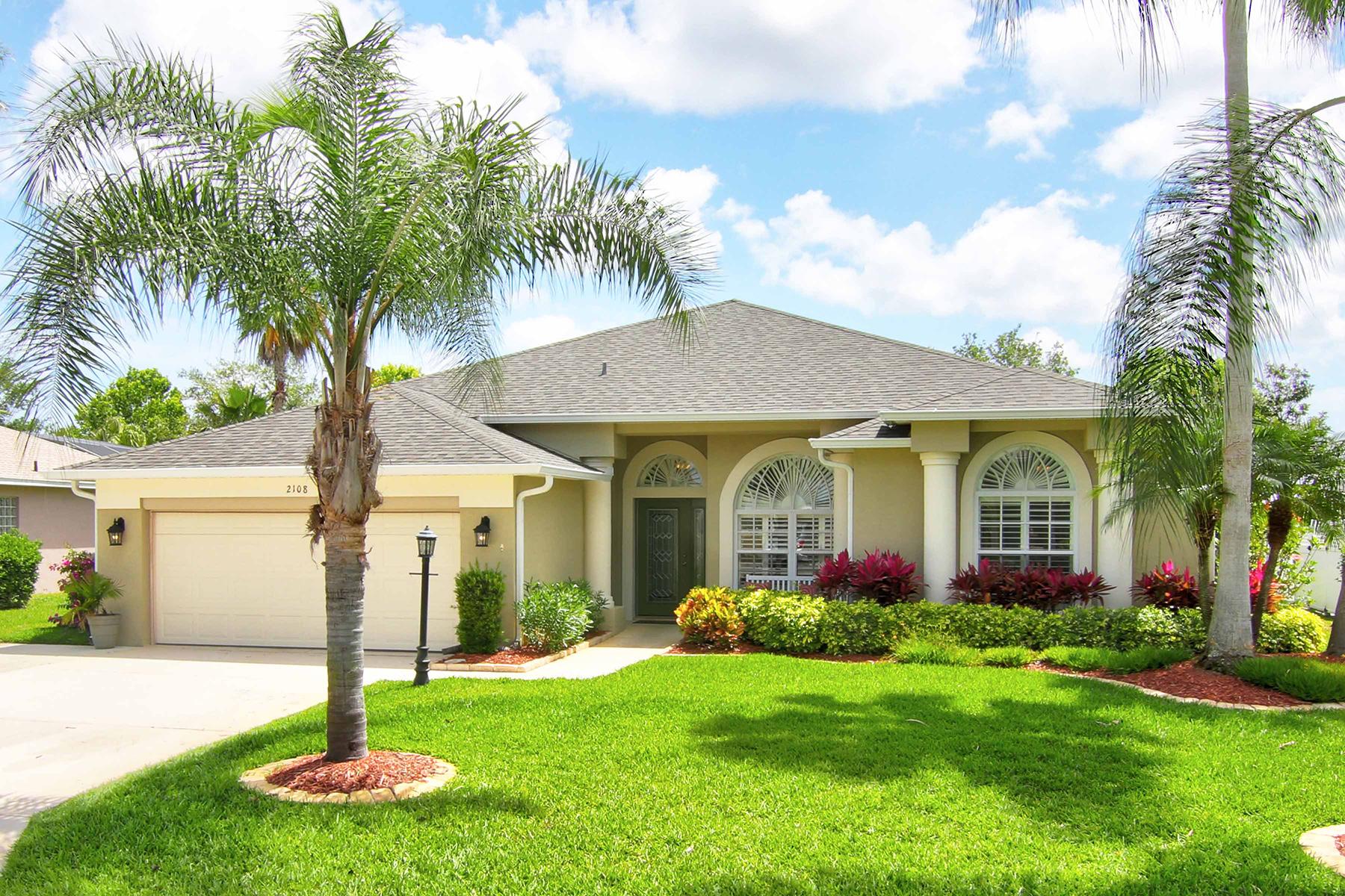 Single Family Homes für Verkauf beim 2108 Springwater Ln, Port Orange, Florida 32128 Vereinigte Staaten