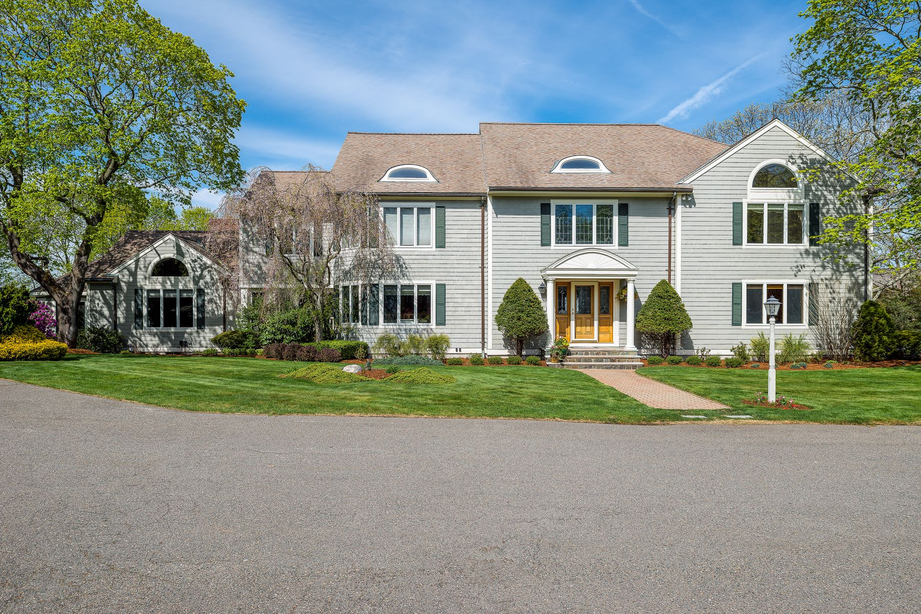 Single Family Home for Sale at North Shore Oasis 1 Stonecleave Lane Swampscott, Massachusetts, 01907 United States