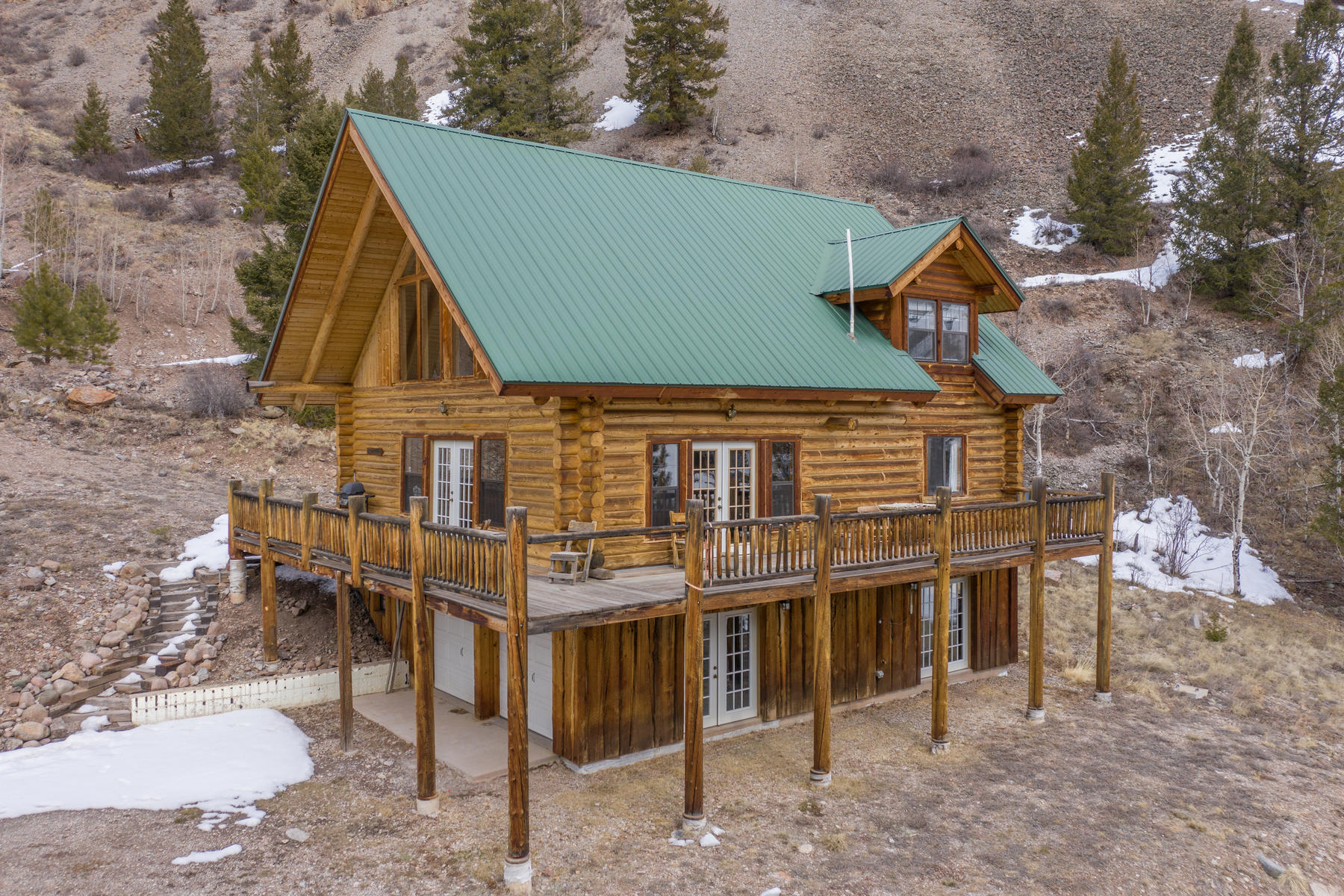 Single Family Homes for Active at Beautiful Log Home with Breath Taking Views 890 S Water Street Lake City, Colorado 81235 United States