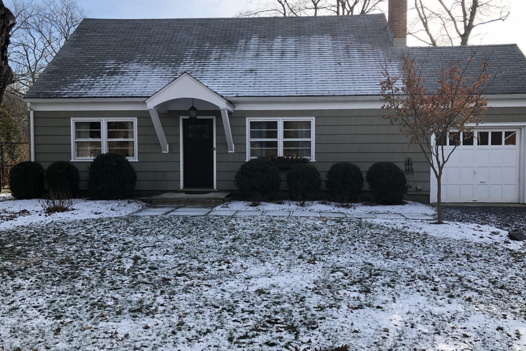 Single Family Home for Rent at Charming Cape 369 Green Village Road Chatham Twp, New Jersey 07935 United States