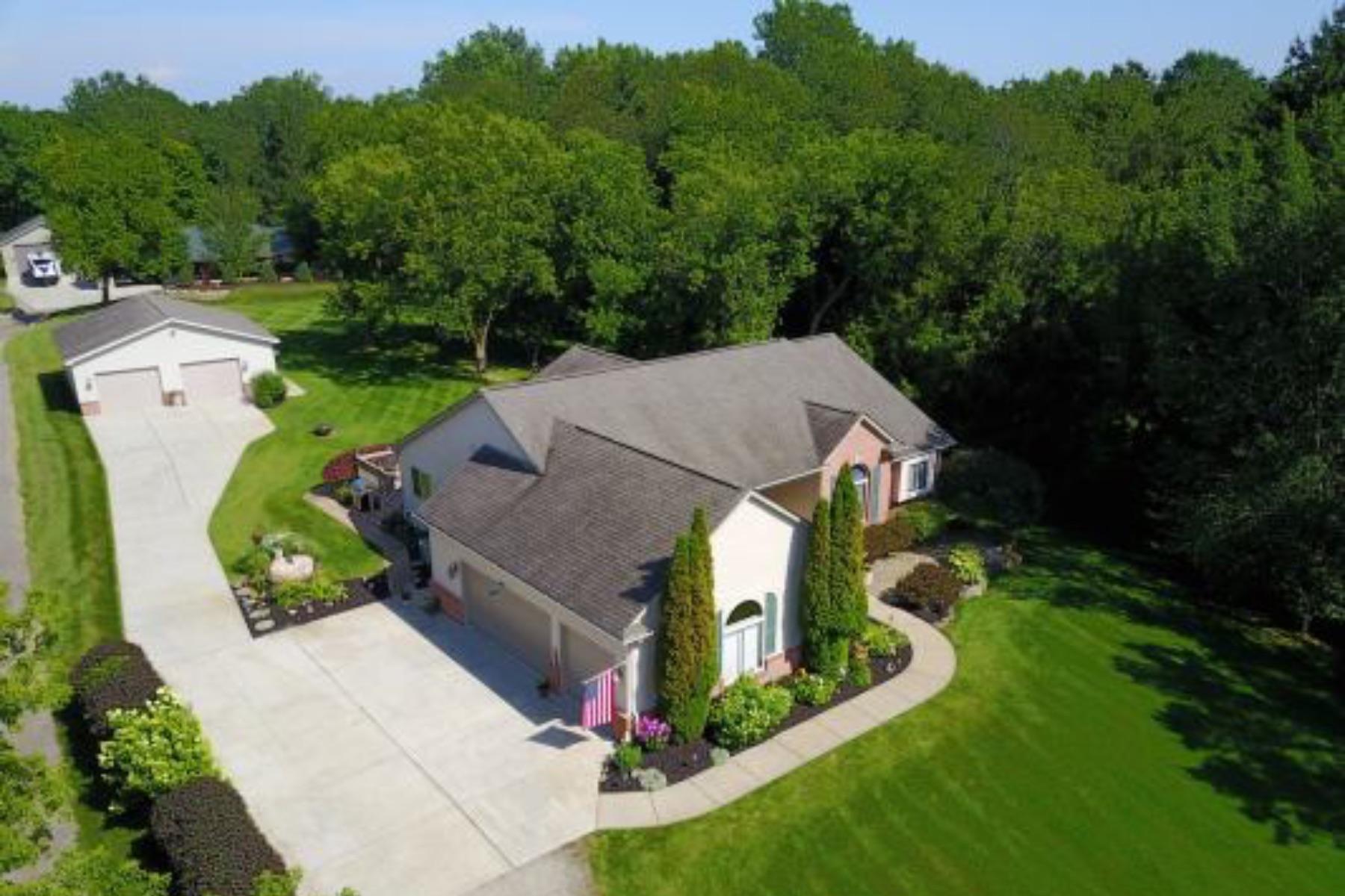 Single Family Homes for Active at Brandon Twp 2871 S Hadley Rd Brandon, Michigan 48462 United States