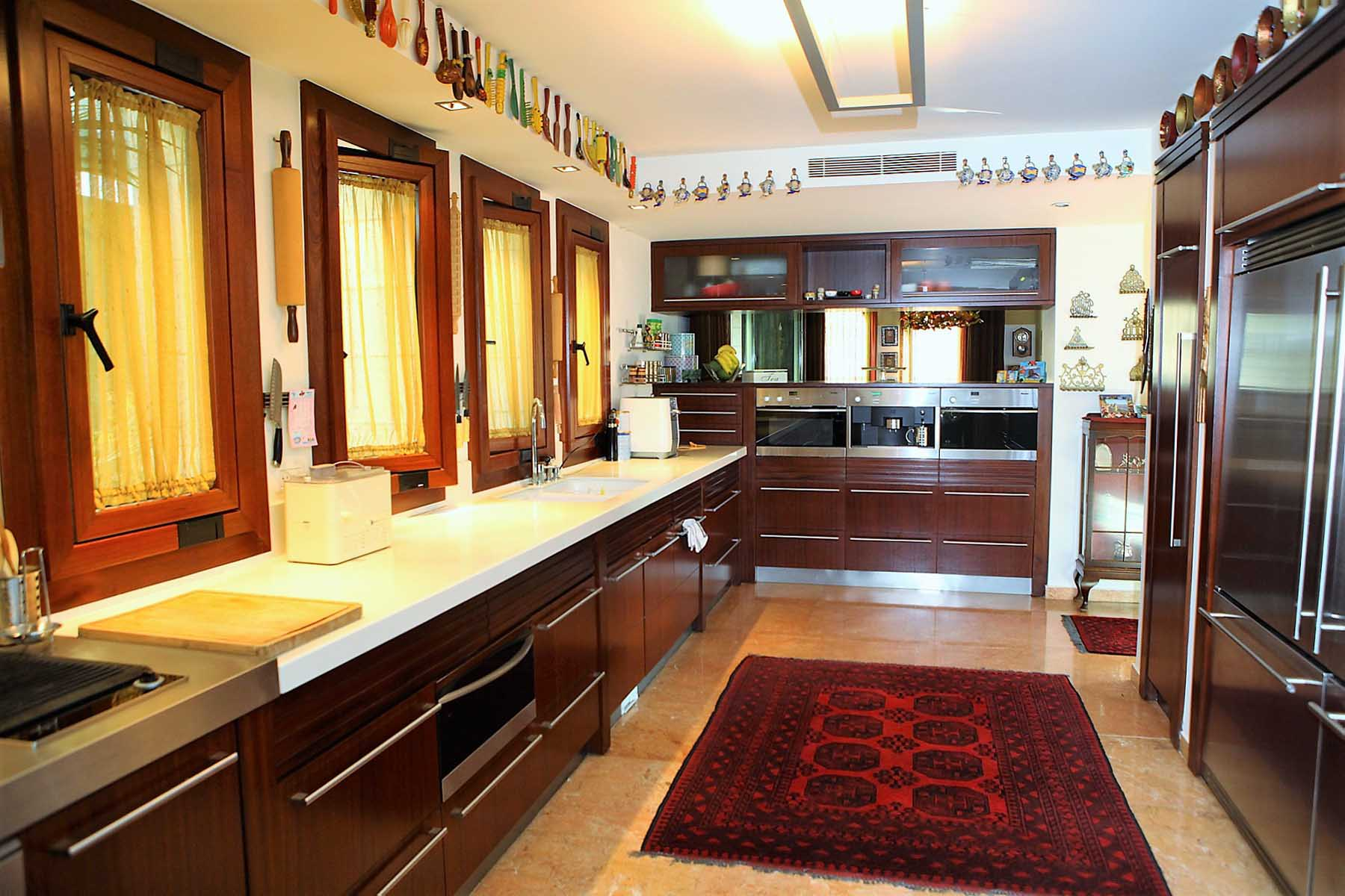 Additional photo for property listing at Incomparable luxury villa in Historic 'Ramat Denya' Neighborhood 耶路撒冷, 以色列 以色列