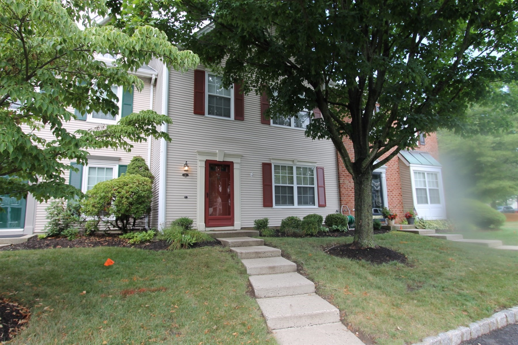 Single Family Home for Sale at 82 Beaumont Ct 82 Beaumont Court Tinton Falls, New Jersey, 07724 United States