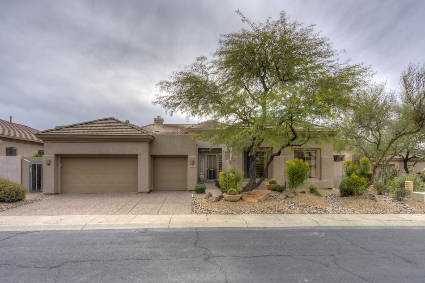 Single Family Home for Sale at Charming home in Scottsdale's Terravita 6347 E MARIOCA CIR W Scottsdale, Arizona, 85266 United States