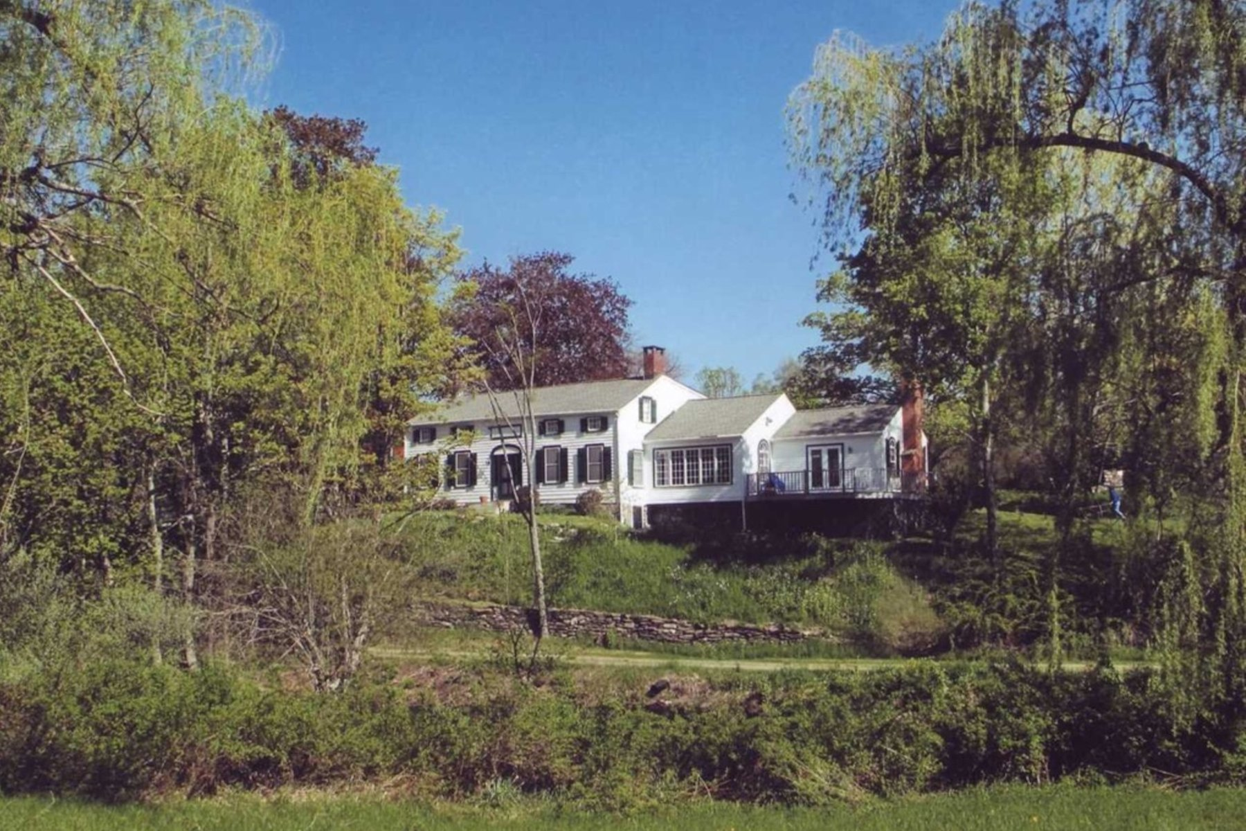 Single Family Home for Sale at Fishwoods Farm 140 Fishwoods Road Milan, New York 12571 United States