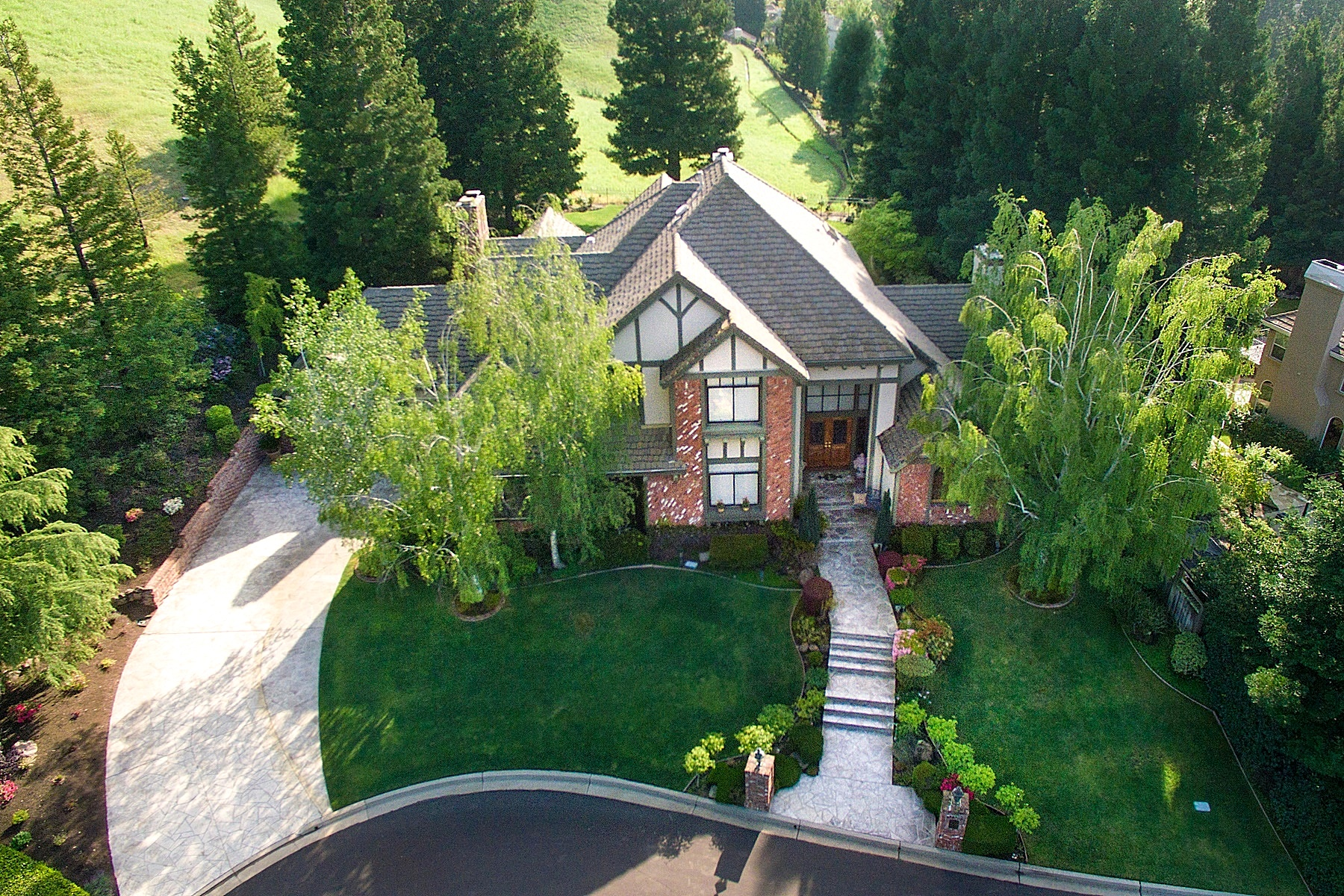 Maison unifamiliale pour l Vente à Exquisite Custom Estate 3410 Deer Ridge Drive Danville, Californie, 94506 États-Unis