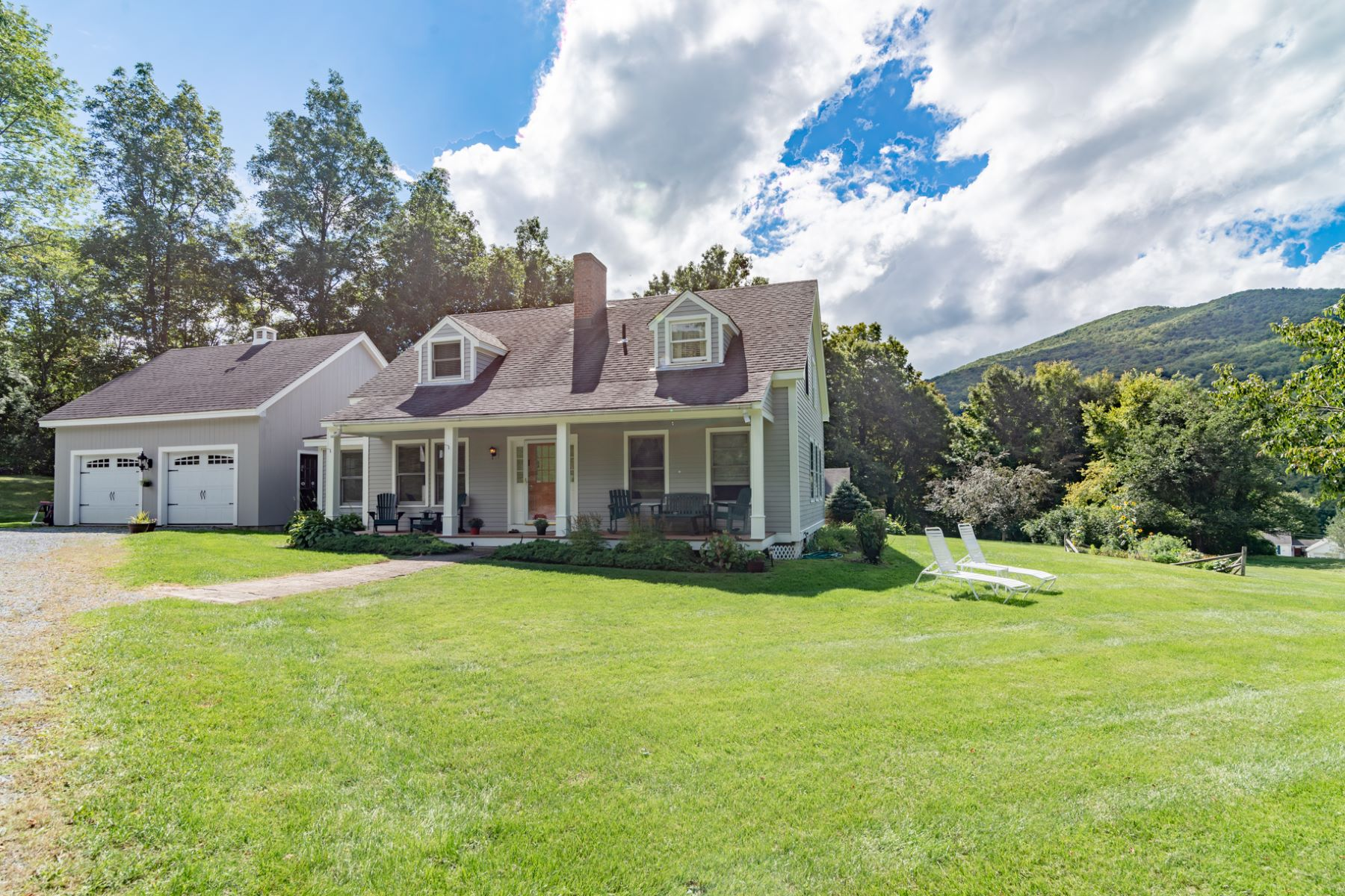 Single Family Homes for Sale at Custom Built Post and Beam 68 Rabbit Run Arlington, Vermont 05250 United States