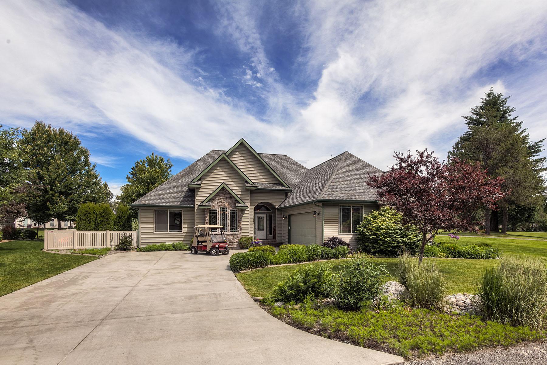 Tek Ailelik Ev için Satış at Single Level Golf Course Living 5203 W Broken Tee Rd Rathdrum, Idaho, 83858 Amerika Birleşik Devletleri