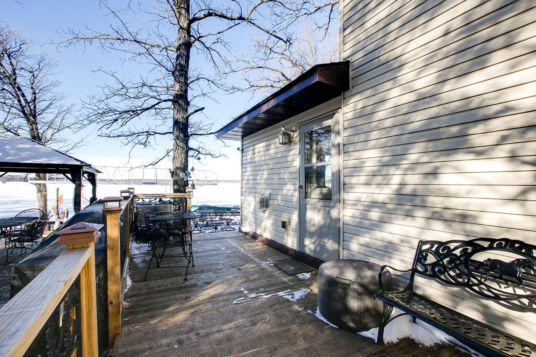 Частный односемейный дом для того Продажа на 33006 Xenon Drive NW Princeton, Миннесота, 55371 Соединенные Штаты