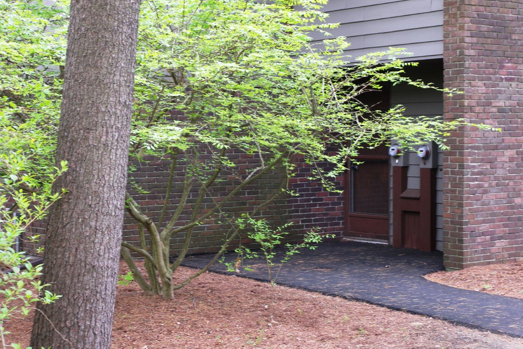 Townhouse for Rent at Nagog Woods 542 Old Stone Brook - Unit 542 Acton, Massachusetts 01718 United States