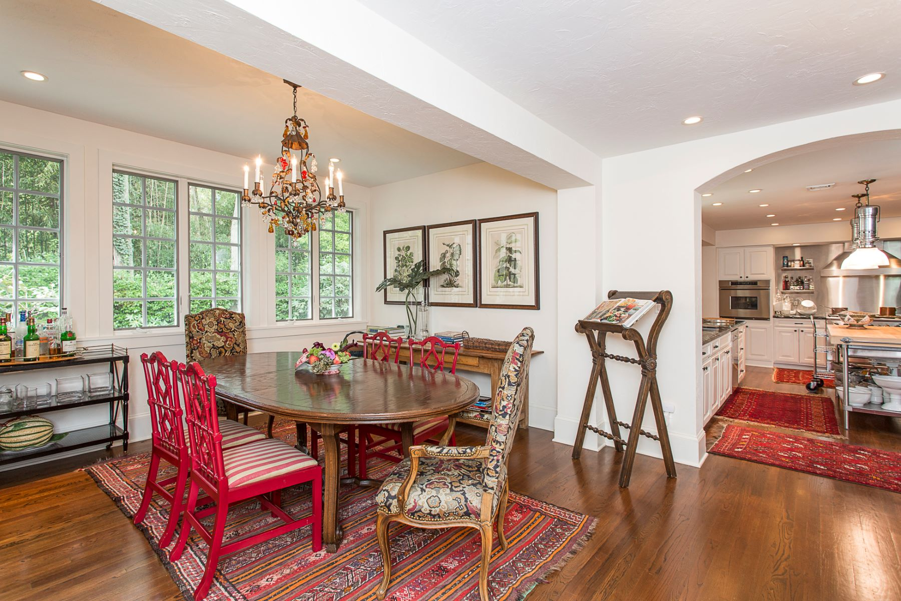 Additional photo for property listing at Storied 1920 Villa Renovated By Bob Bennett 1 Battle Road, Princeton, Nova Jersey 08540 Estados Unidos