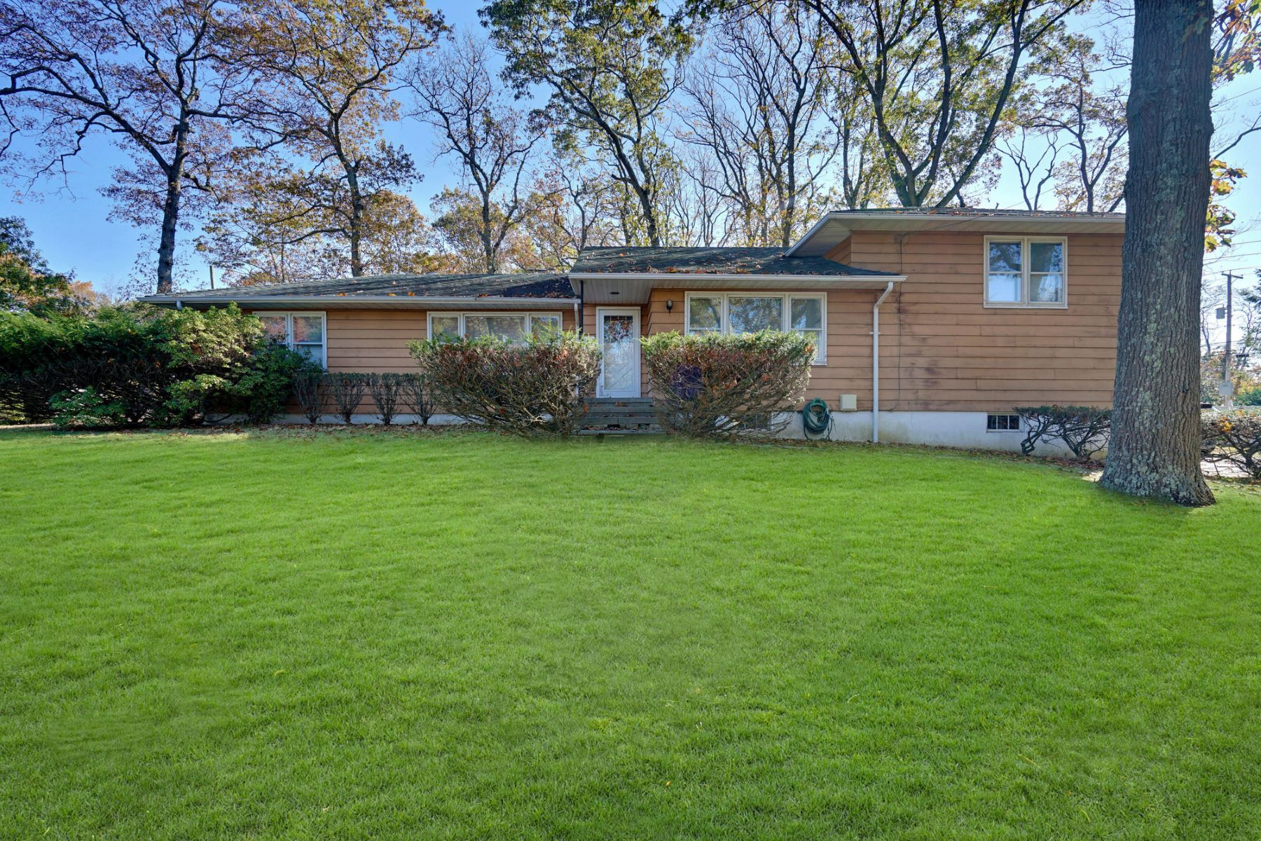 Single Family Homes for Sale at Perched High on the Knoll of a Wooded Lot 1862 Cambridge Drive Wall, New Jersey 07719 United States