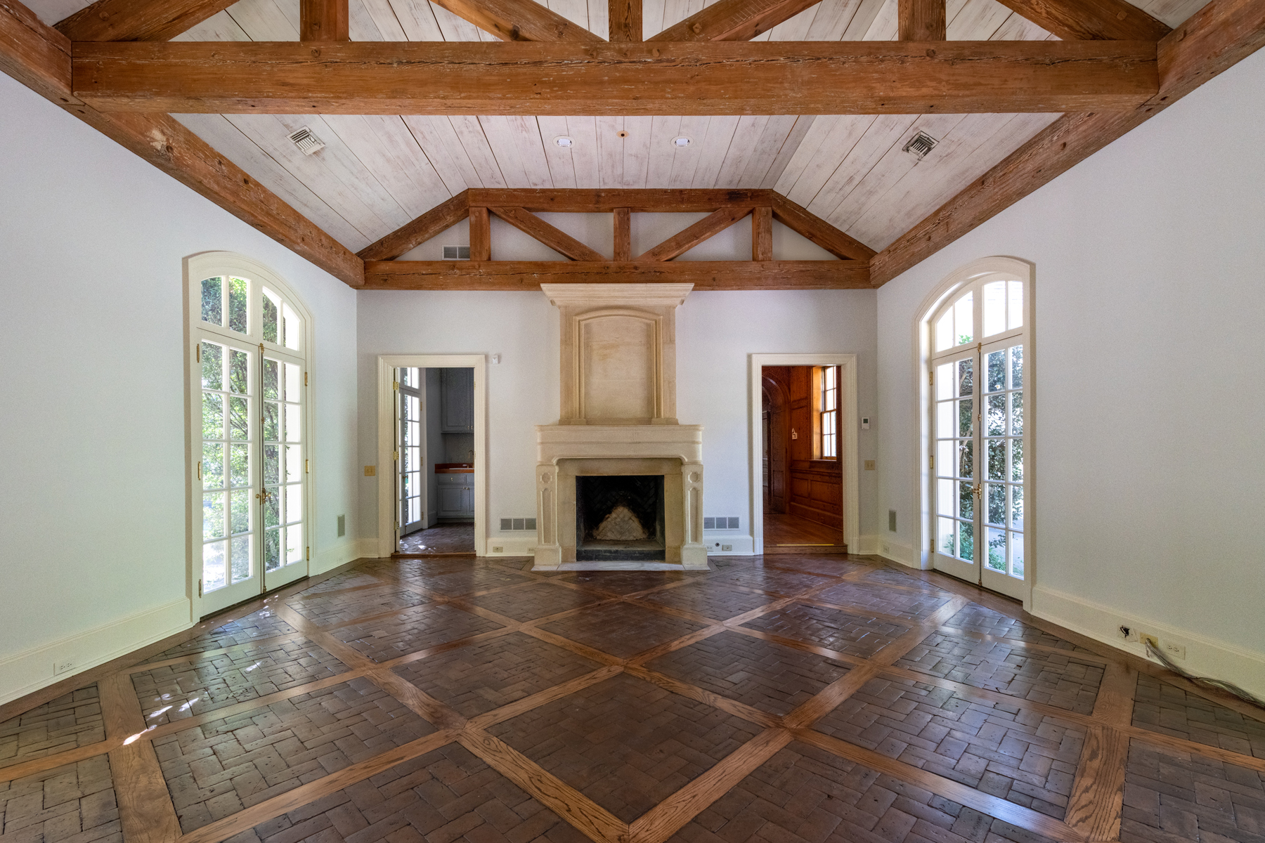 Additional photo for property listing at One Of Atlanta's Most Exclusive Estates 50 Valley Road NW Atlanta, Georgia 30305 United States