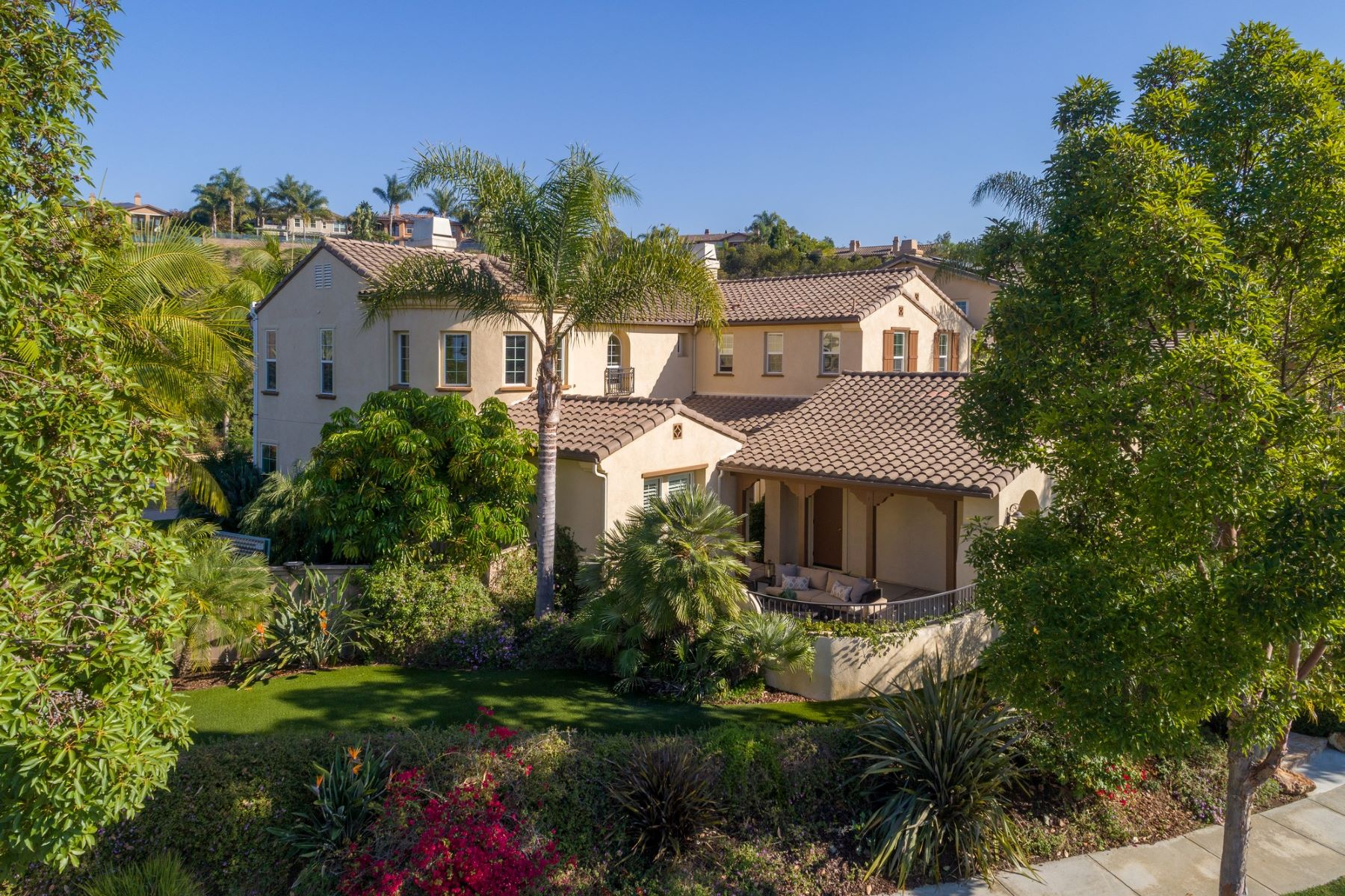 Single Family Home for Active at 7682 Sitio Manana 7682 Sitio Manana Carlsbad, California 92009 United States
