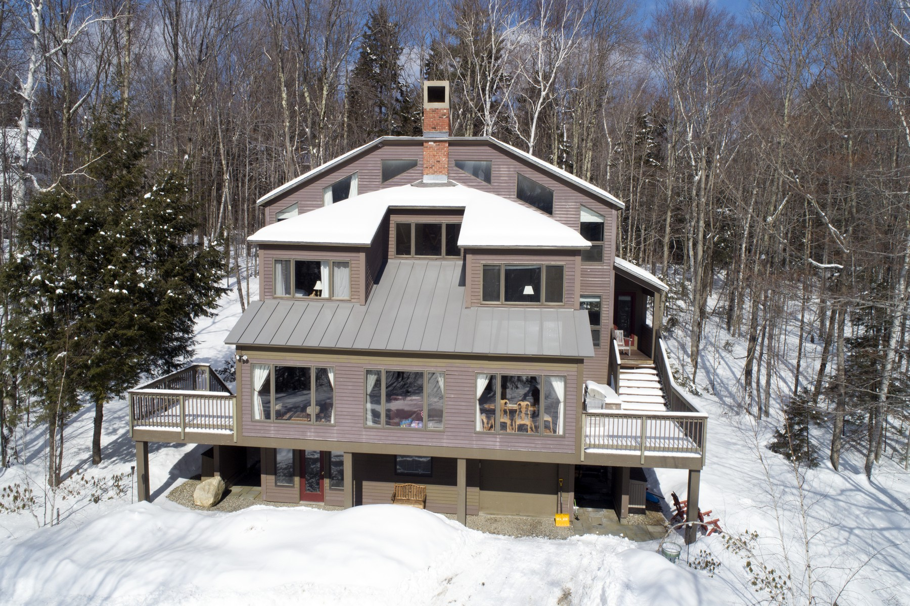 Single Family Home for Sale at 147 High Meadow Road, Winhall 147 High Meadow Rd Winhall, Vermont 05340 United States