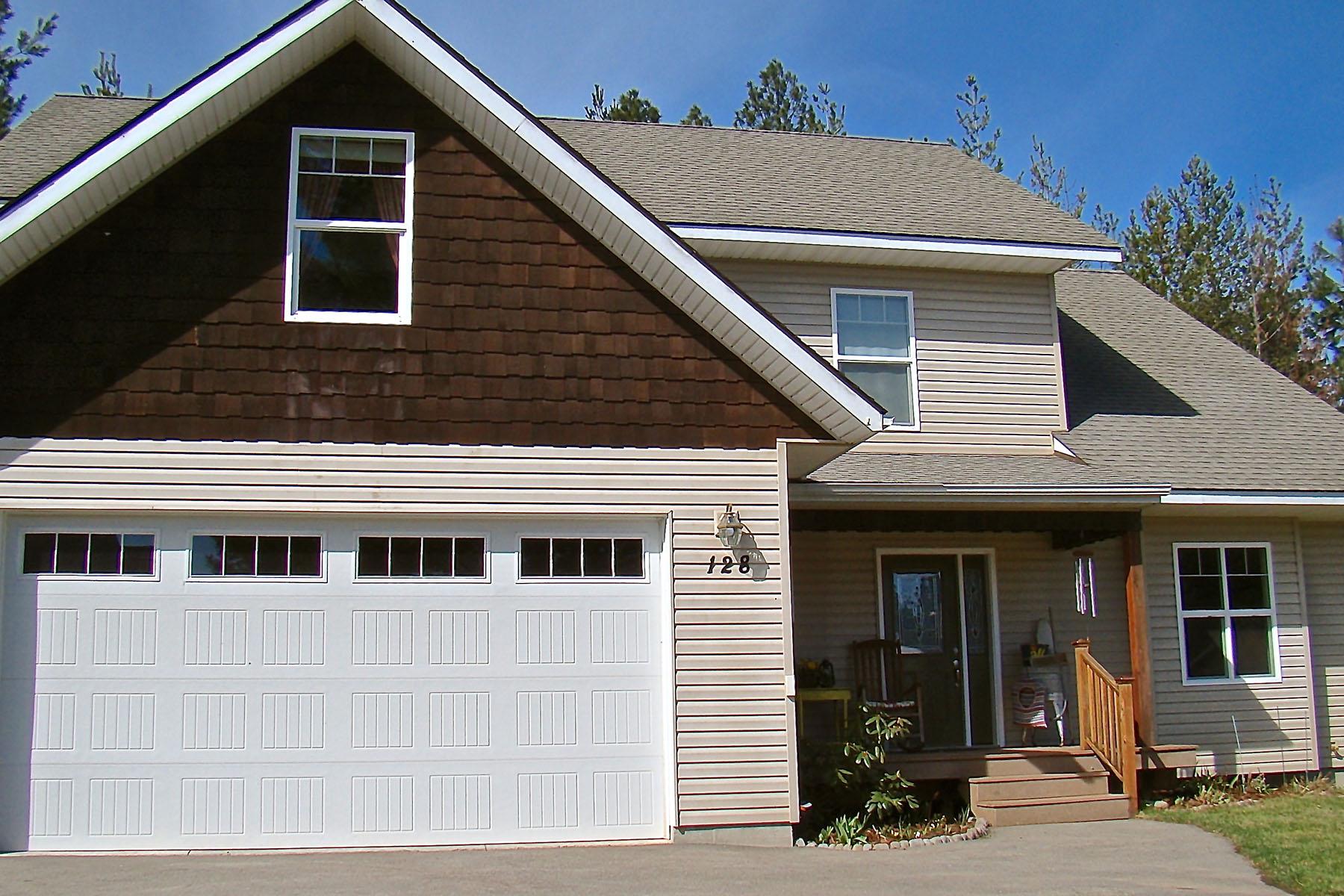 Vivienda unifamiliar por un Venta en Spacious Comfortable Home Great Location! 128 Rebecca's Way Kootenai, Idaho, 83840 Estados Unidos