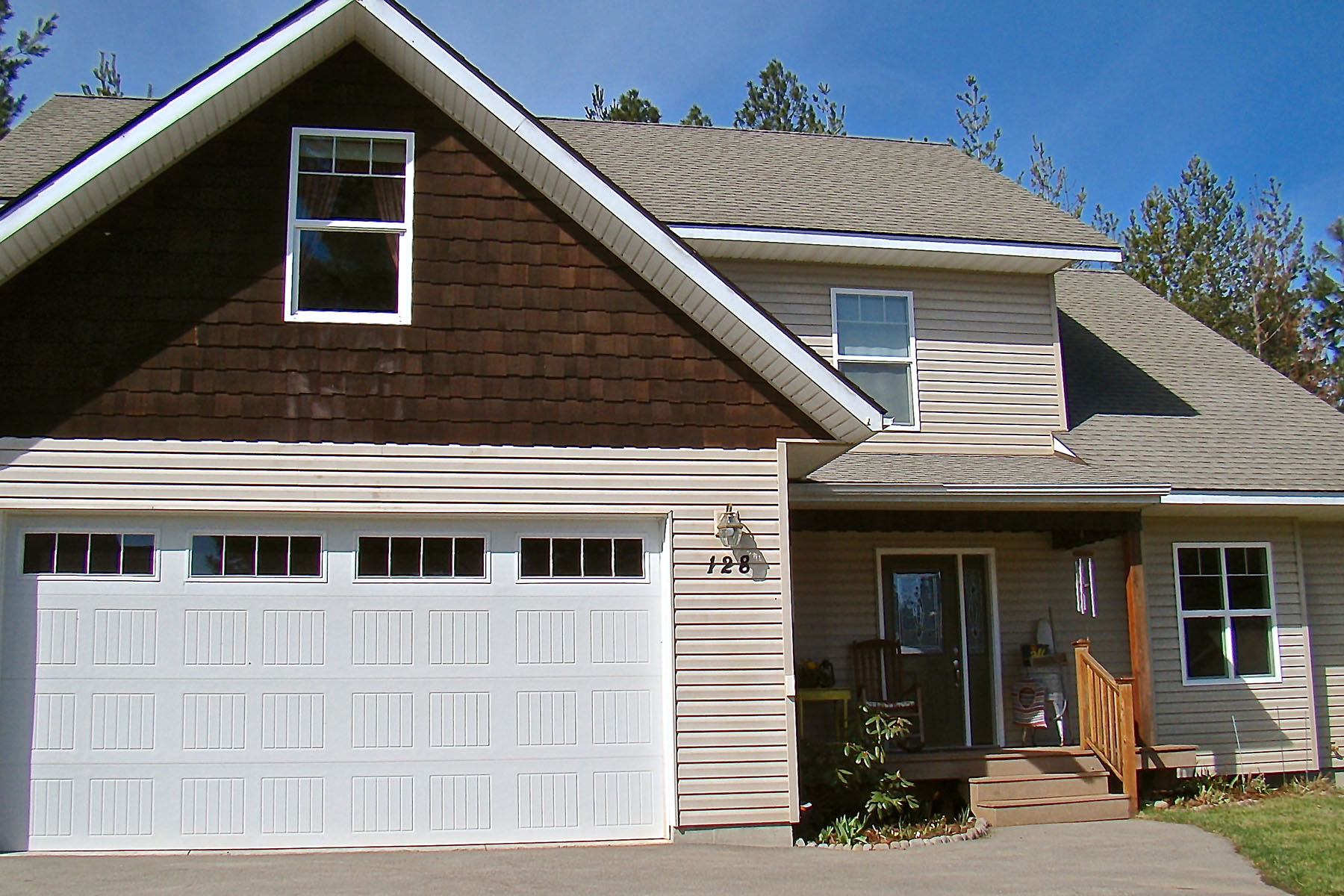 Tek Ailelik Ev için Satış at Spacious Comfortable Home Great Location! 128 Rebecca's Way Kootenai, Idaho, 83840 Amerika Birleşik Devletleri