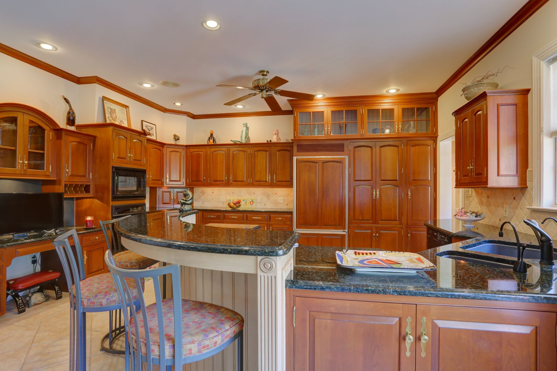 Additional photo for property listing at 5 Waterfront Estates Drive 5 Waterfront Estates Drive Lancaster, Pennsylvania 17602 United States