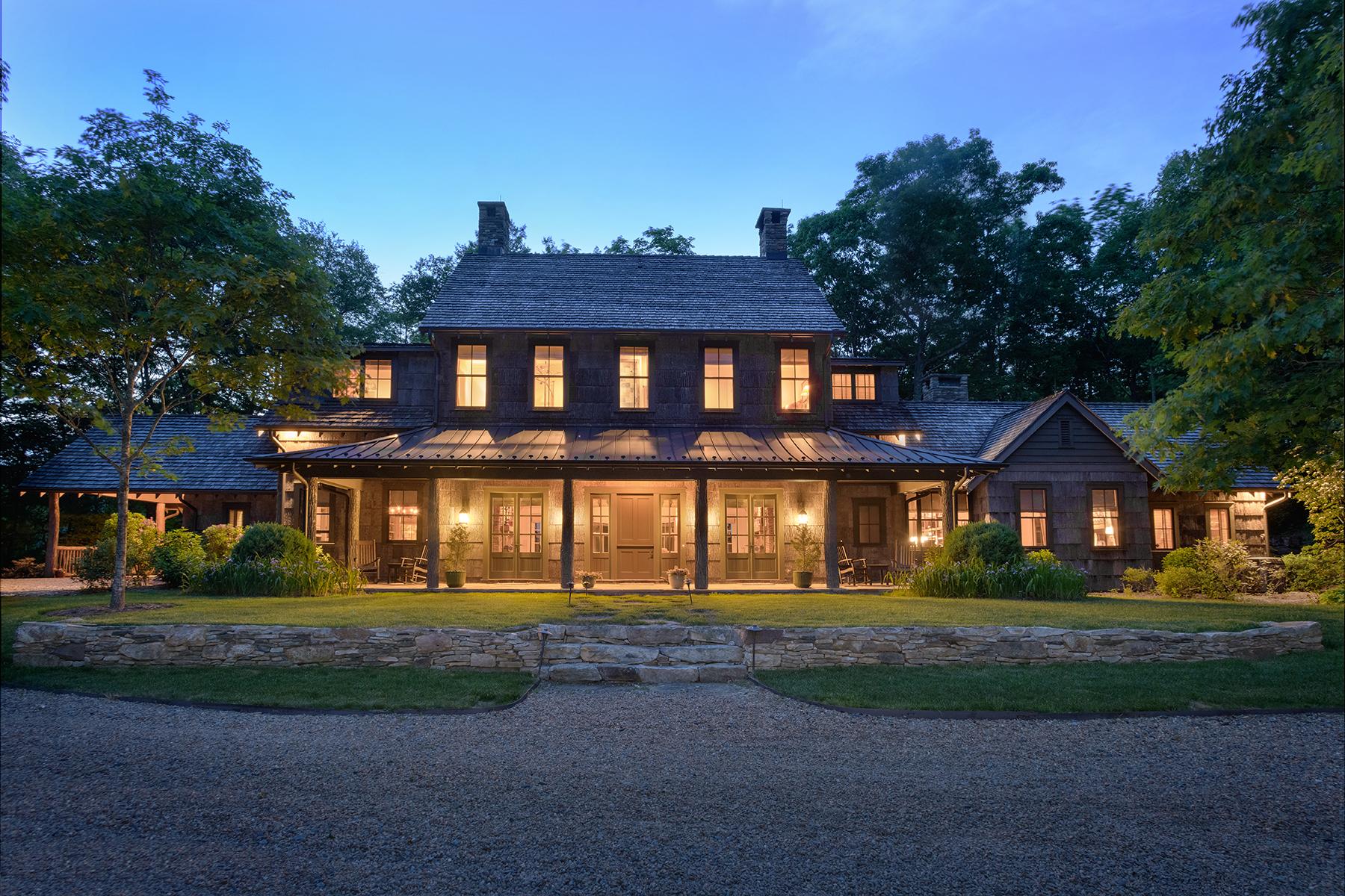 Single Family Homes 为 销售 在 TODD 649 Bald Fork Rd, Todd, 北卡罗来纳州 28684 美国