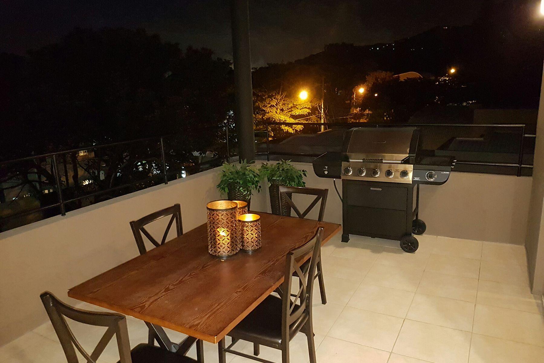 Additional photo for property listing at Spacious La Rosaleda Apartment Santa Ana, San Jose Costa Rica